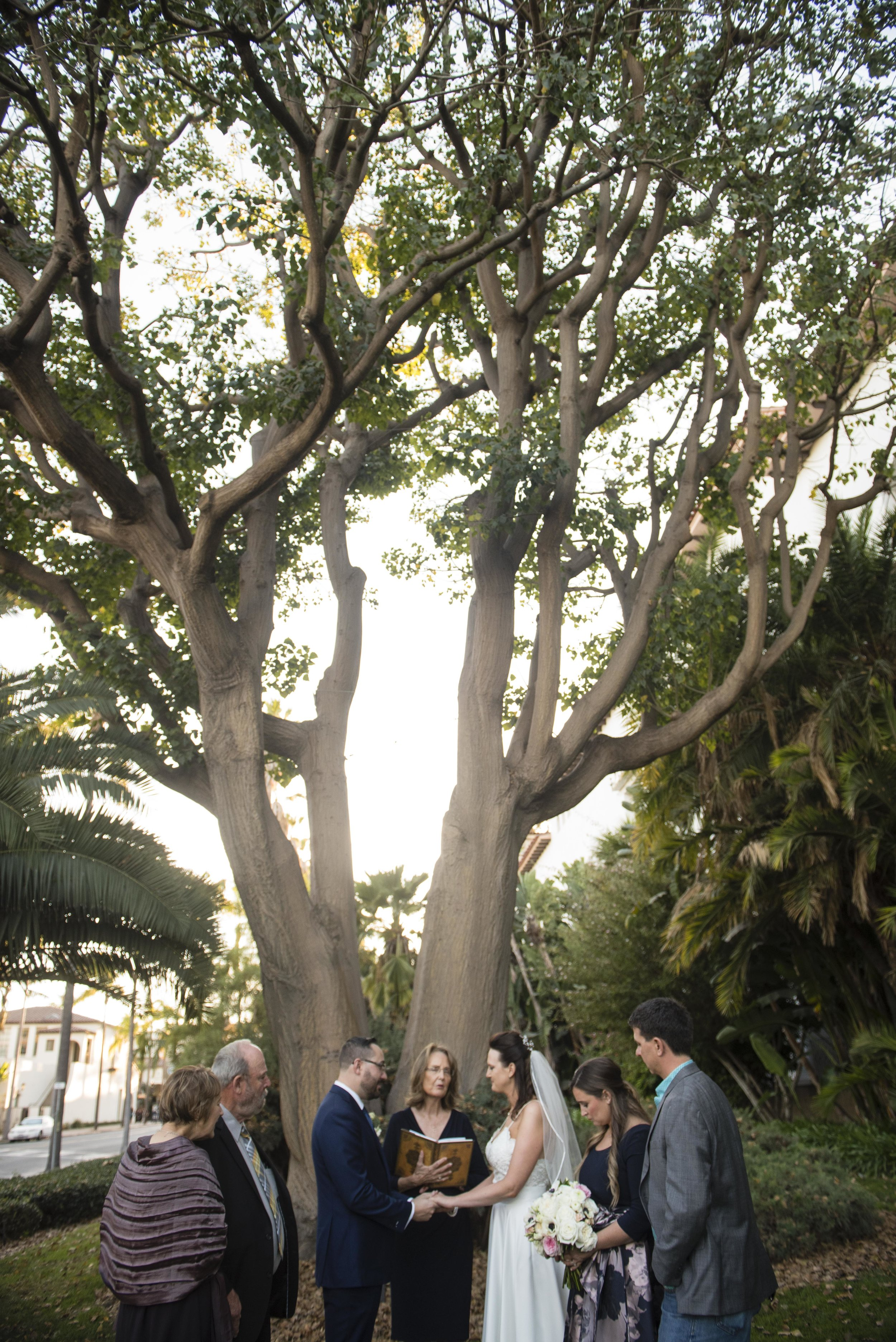 www.santabarbarawedding.com | By Cherry Photography | Santa Barbara Courthouse | Ceremony