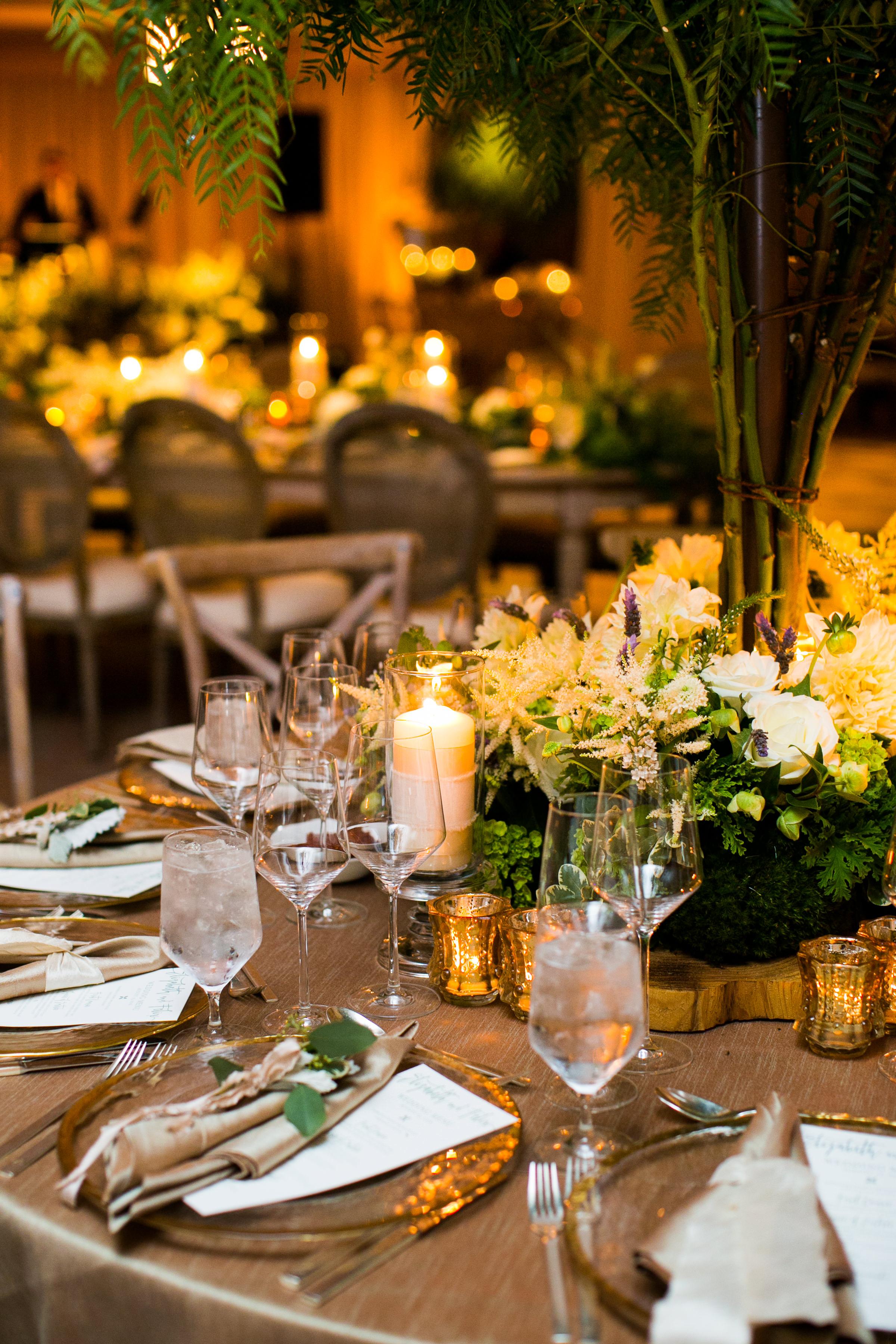 www.santabarbarawedding.com   Four Seasons Santa Barbara   Levine Fox Events   Callaway Gable Photo   Reception Table