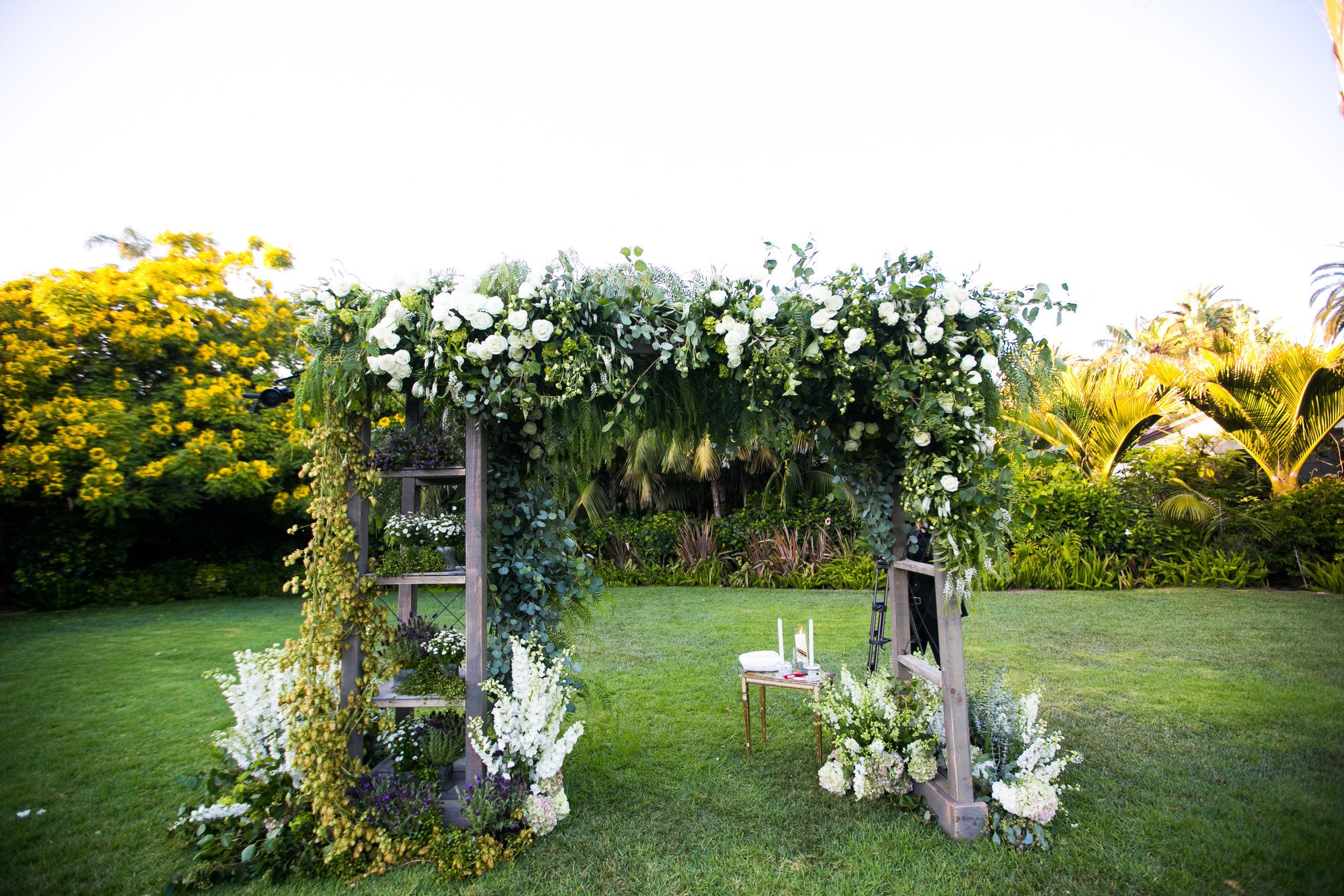 www.santabarbarawedding.com   Four Seasons Santa Barbara   Levine Fox Events   Callaway Gable Photo   Wedding Arch