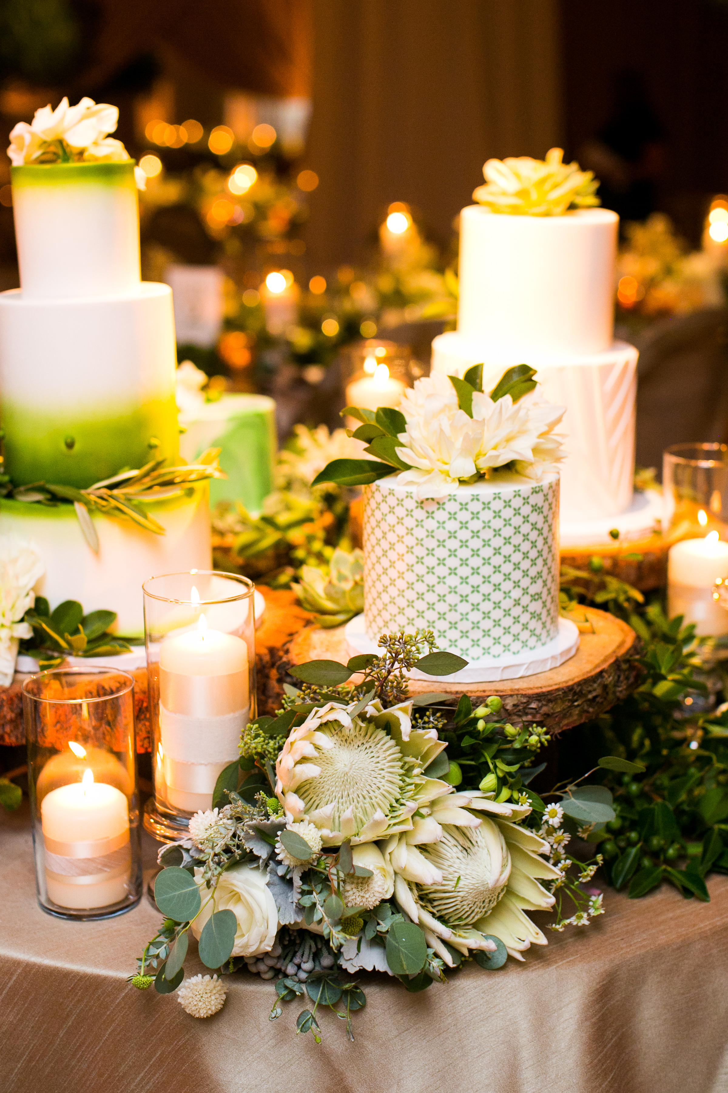 www.santabarbarawedding.com   Four Seasons Santa Barbara   Levine Fox Events   Callaway Gable Photo   Wedding Cakes