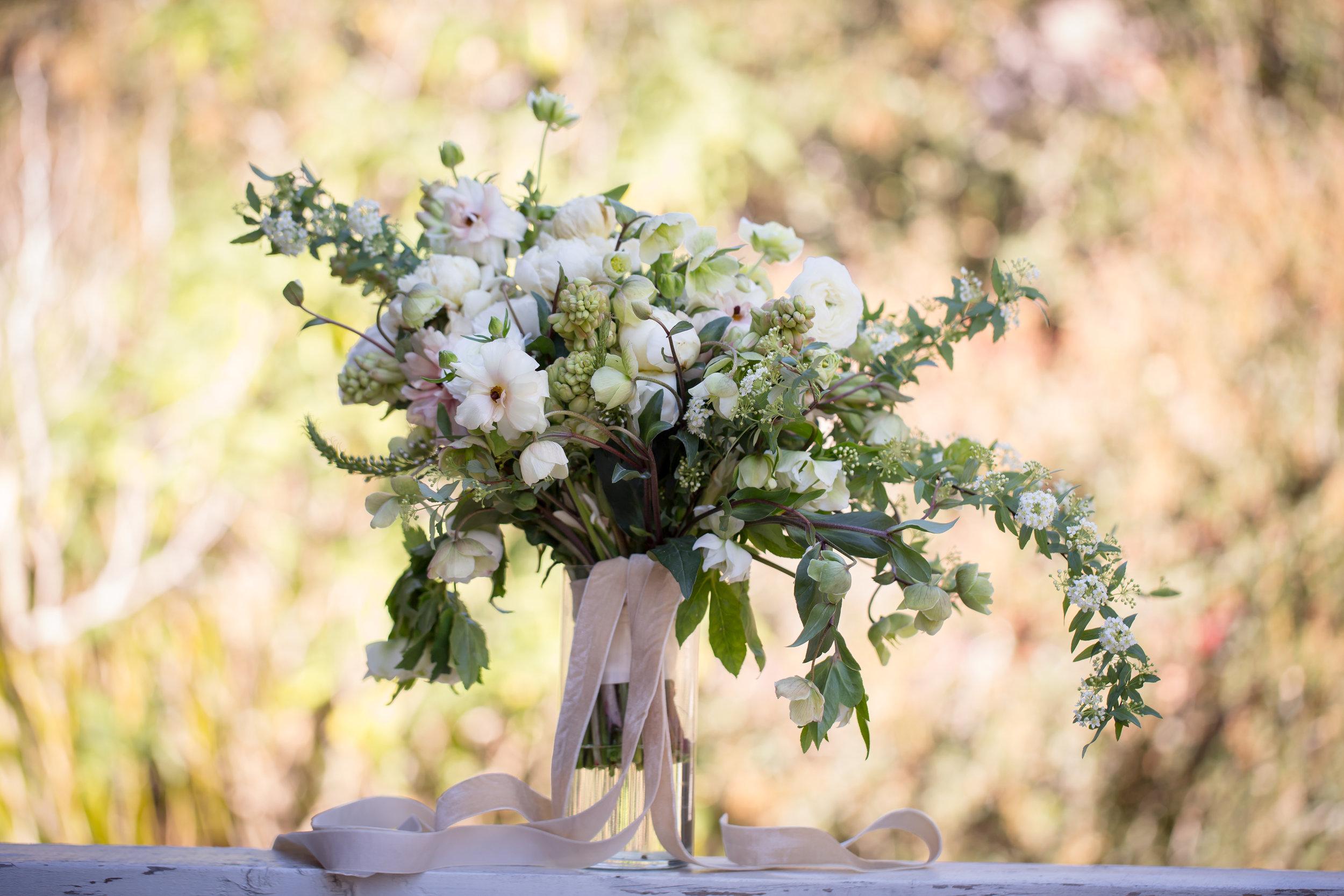 www.santabarbarawedding.com | Elizabeth Victoria Photo | Garden Street Academy | Bridal Bouquet