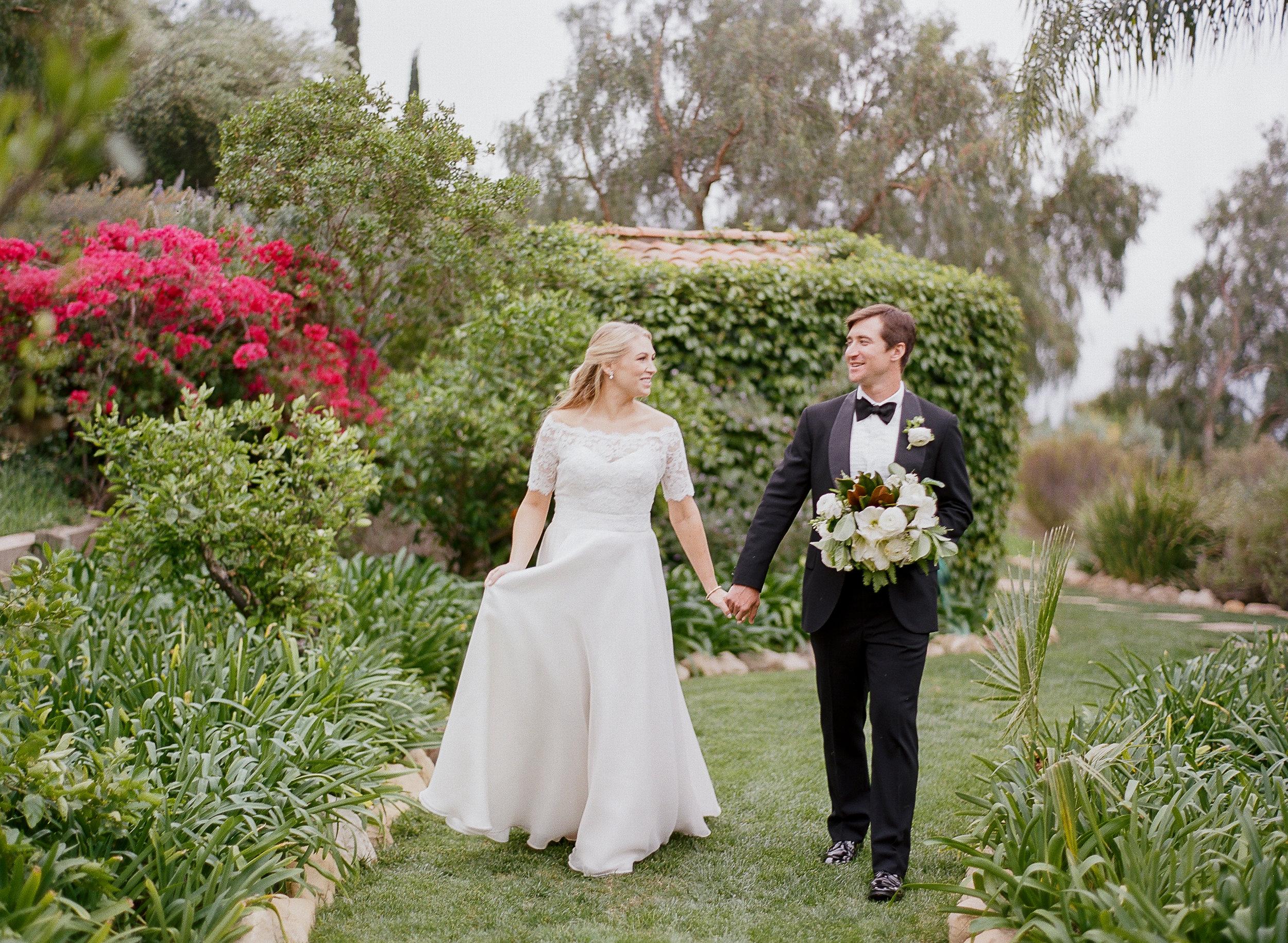 Classic White Wedding   Clarissa Koenig Photography   Felici Events   Ella & Louie