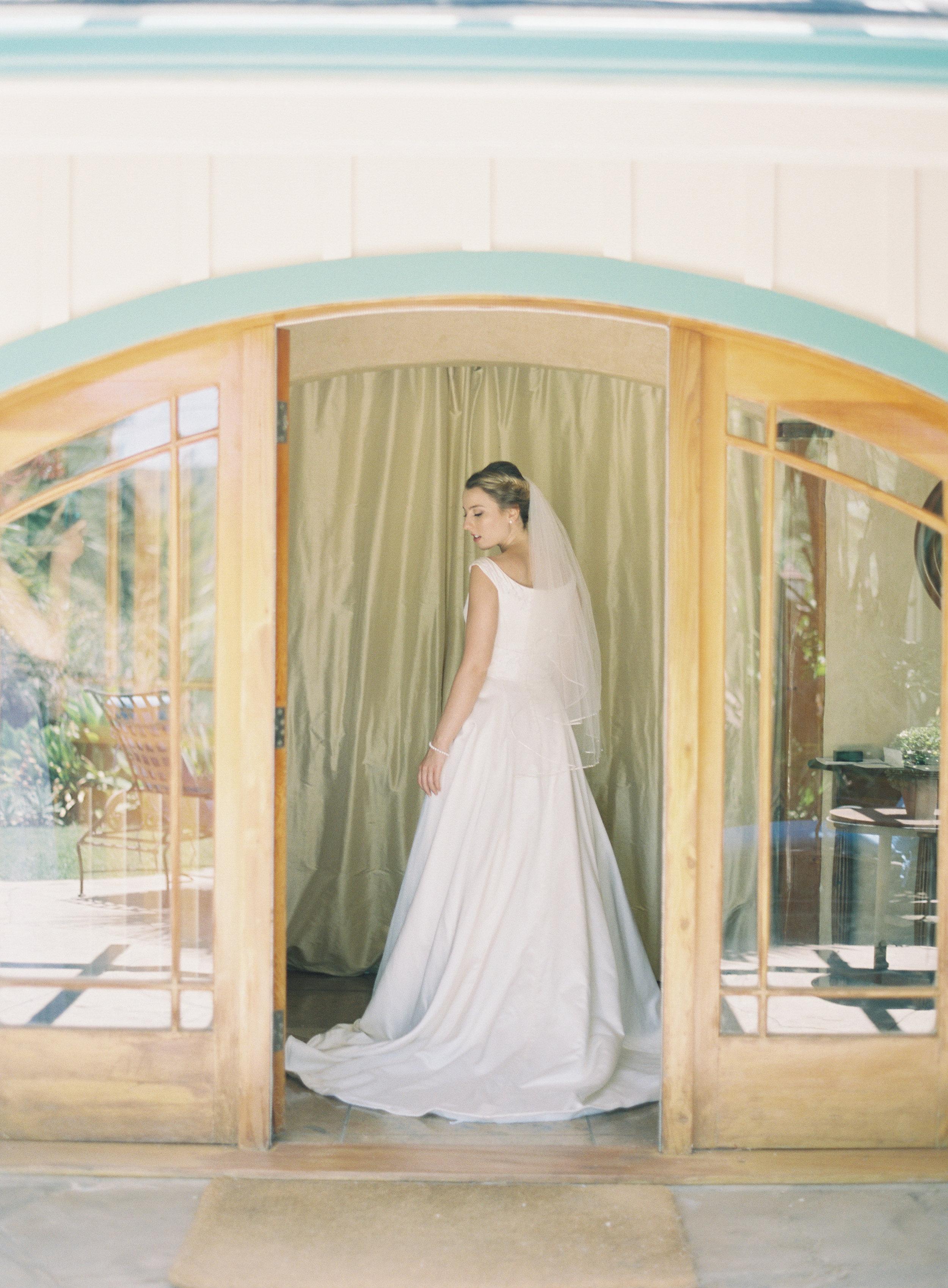 www.santabarbarawedding.com   Trinity Episcopal Church   Elings Park   Sarah Weir   Burlap & Bordeaux   Bride