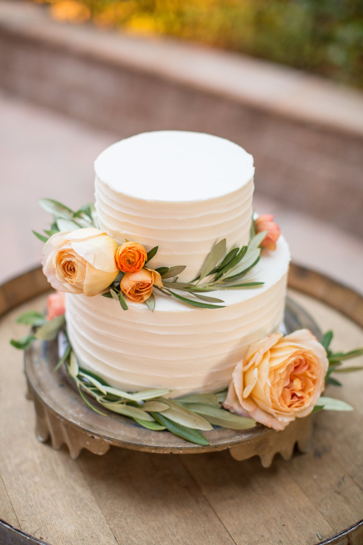 www.santabarbarawedding.com | Anna J Photography | Alegria by Design | Firestone Vineyard | Wedding Cake