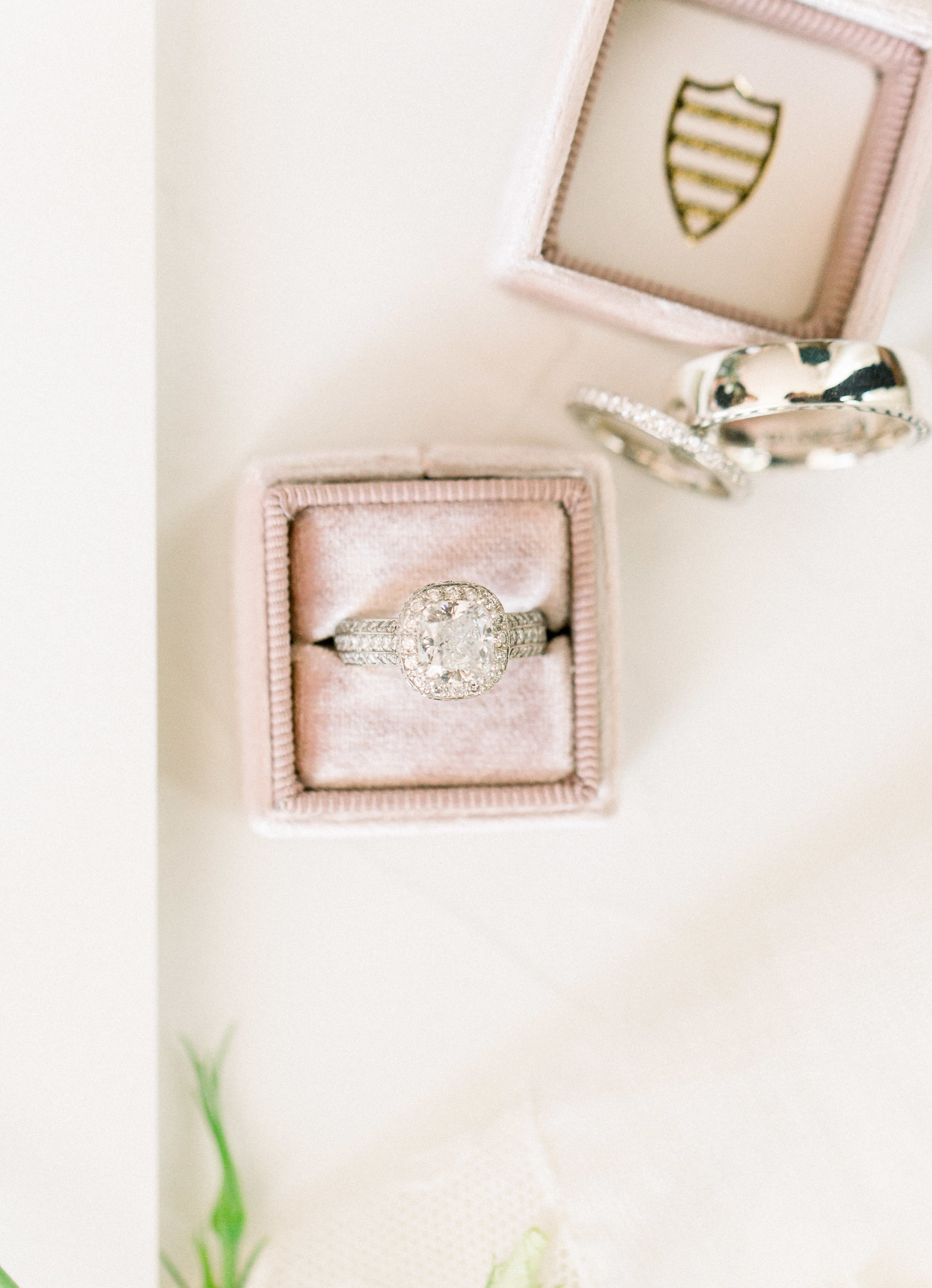 www.santabarbarawedding.com | Jenny Quicksall | Santa Barbara Club | Bluebell Events | Wedding Rings
