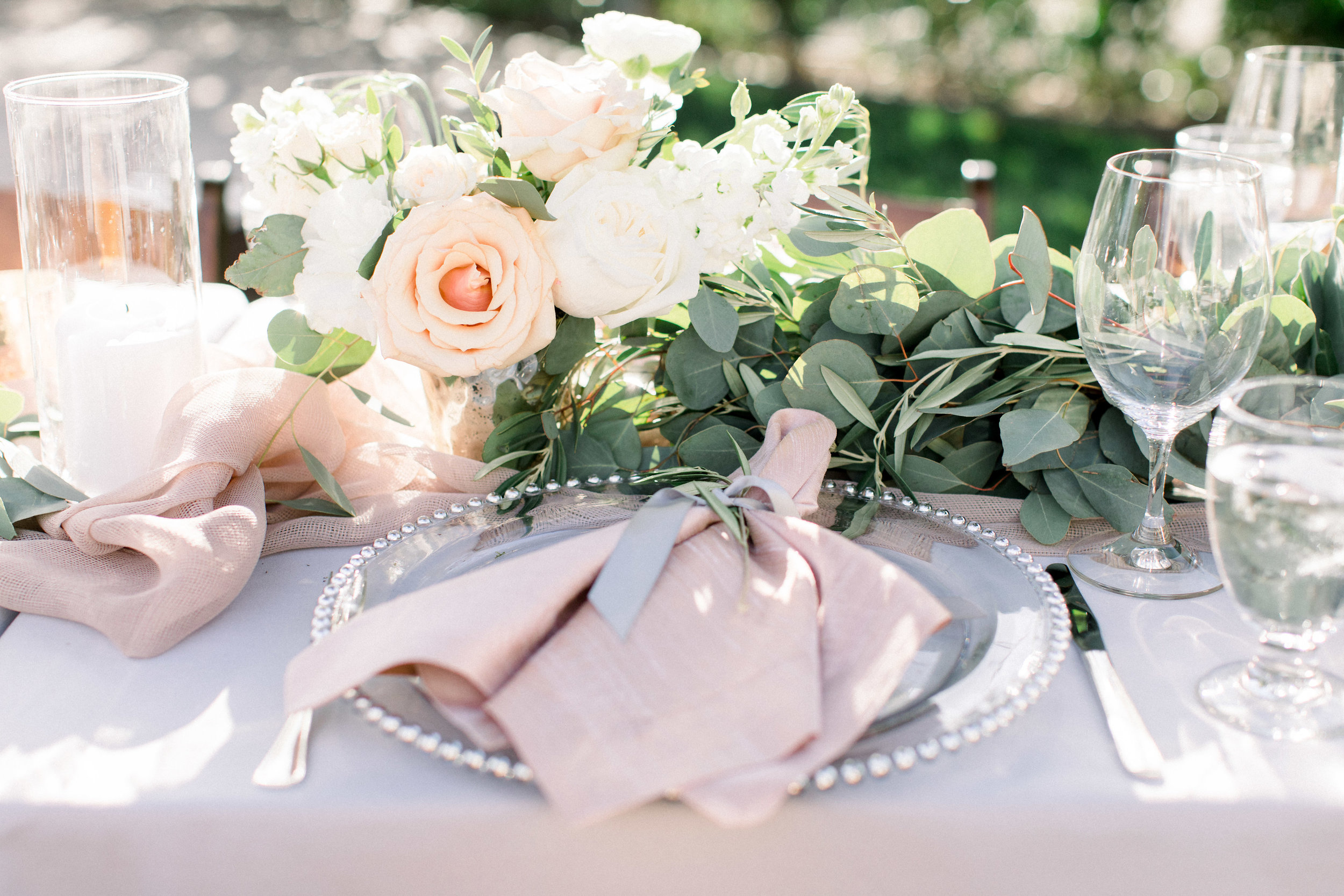 www.santabarbarawedding.com | Jenny Quicksall | Santa Barbara Club | Bluebell Events | Reception Place Setting