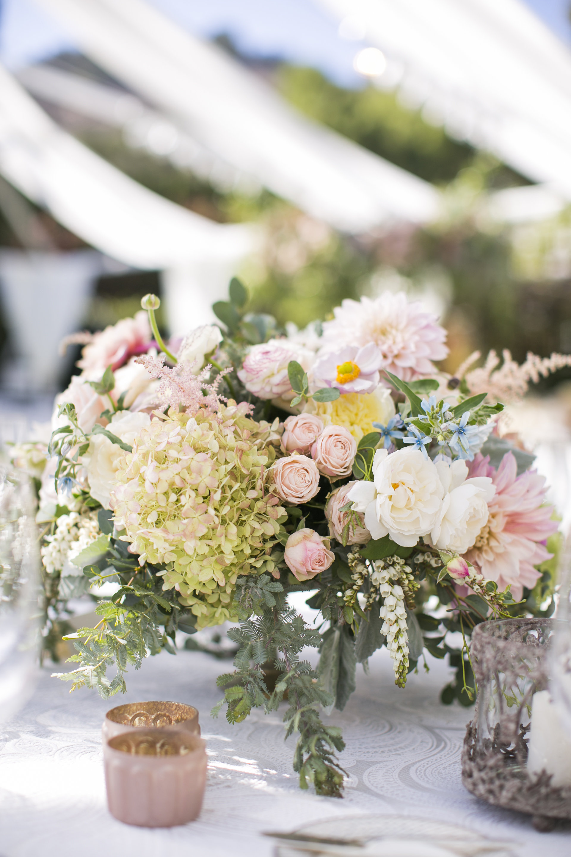 www.santabarbarawedding.com | Event of the Season | San Ysidro Ranch | Birds of a Feather | Reception Flowers