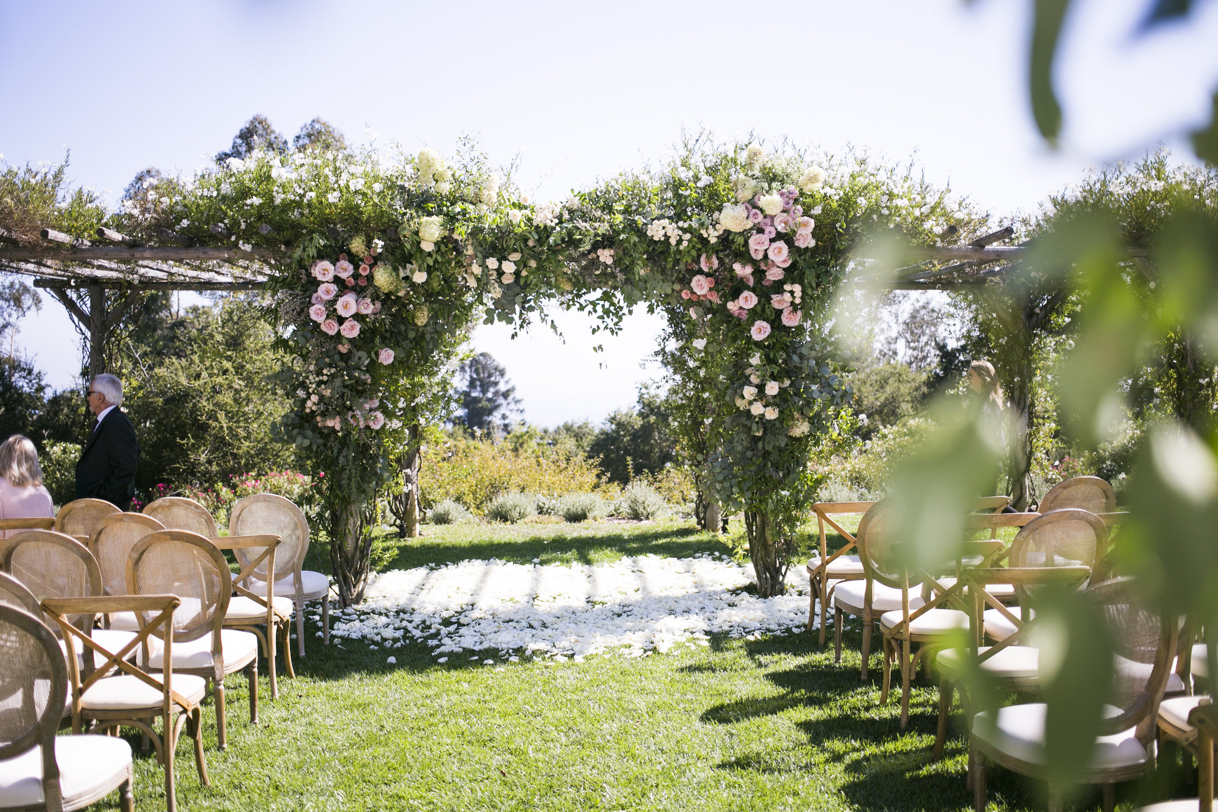 www.santabarbarawedding.com | Event of the Season | San Ysidro Ranch | Birds of a Feather | Ceremony