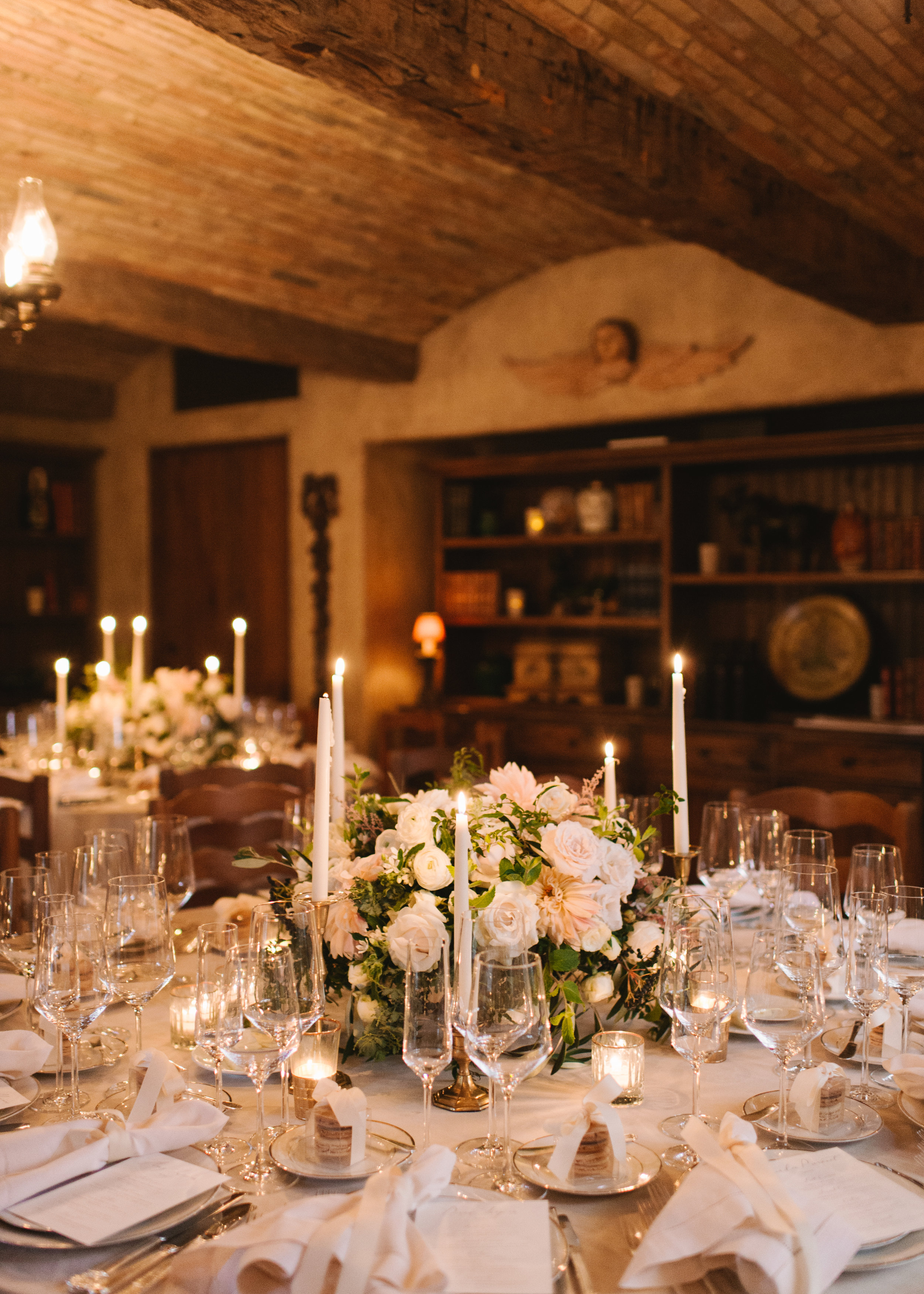 www.santabarbarawedding.com   Event of the Season   Norman and Blake   San Ysidro Ranch   Reception Table