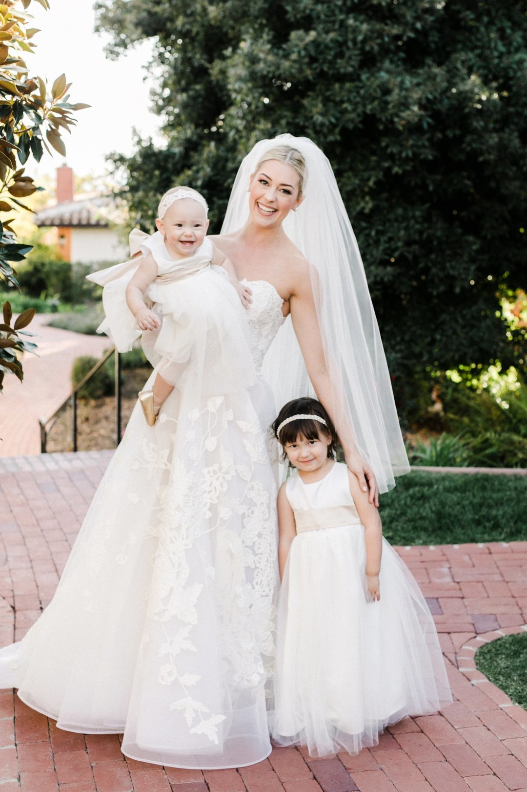 www.santabarbarawedding.com | Anna Delores | Vanessa Noel Events | Belmond El Encanto | Bride and Flower Girls