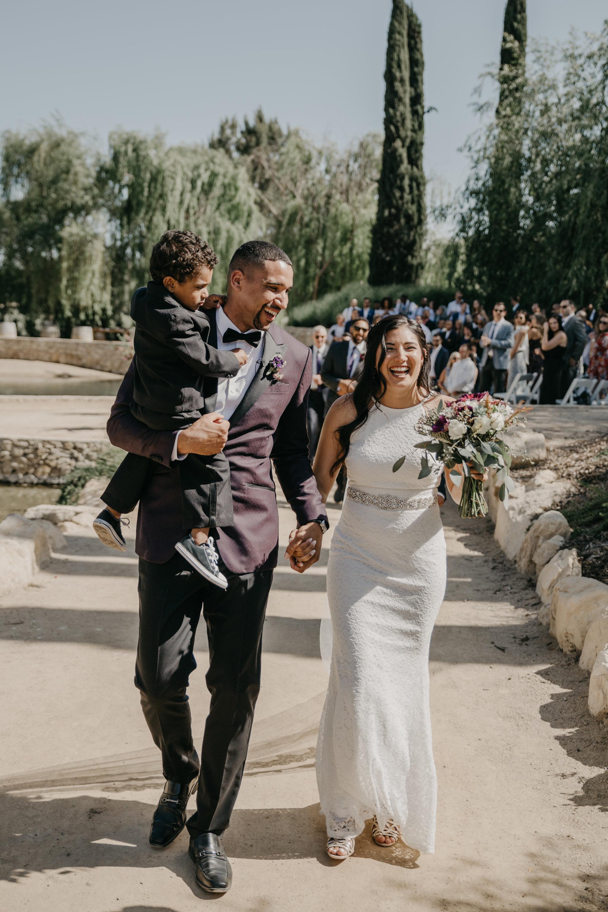 www.santabarbarawedding.com | Terra Mia Vineyard | Diana Lake Photography | Bride and Groom | Ceremony