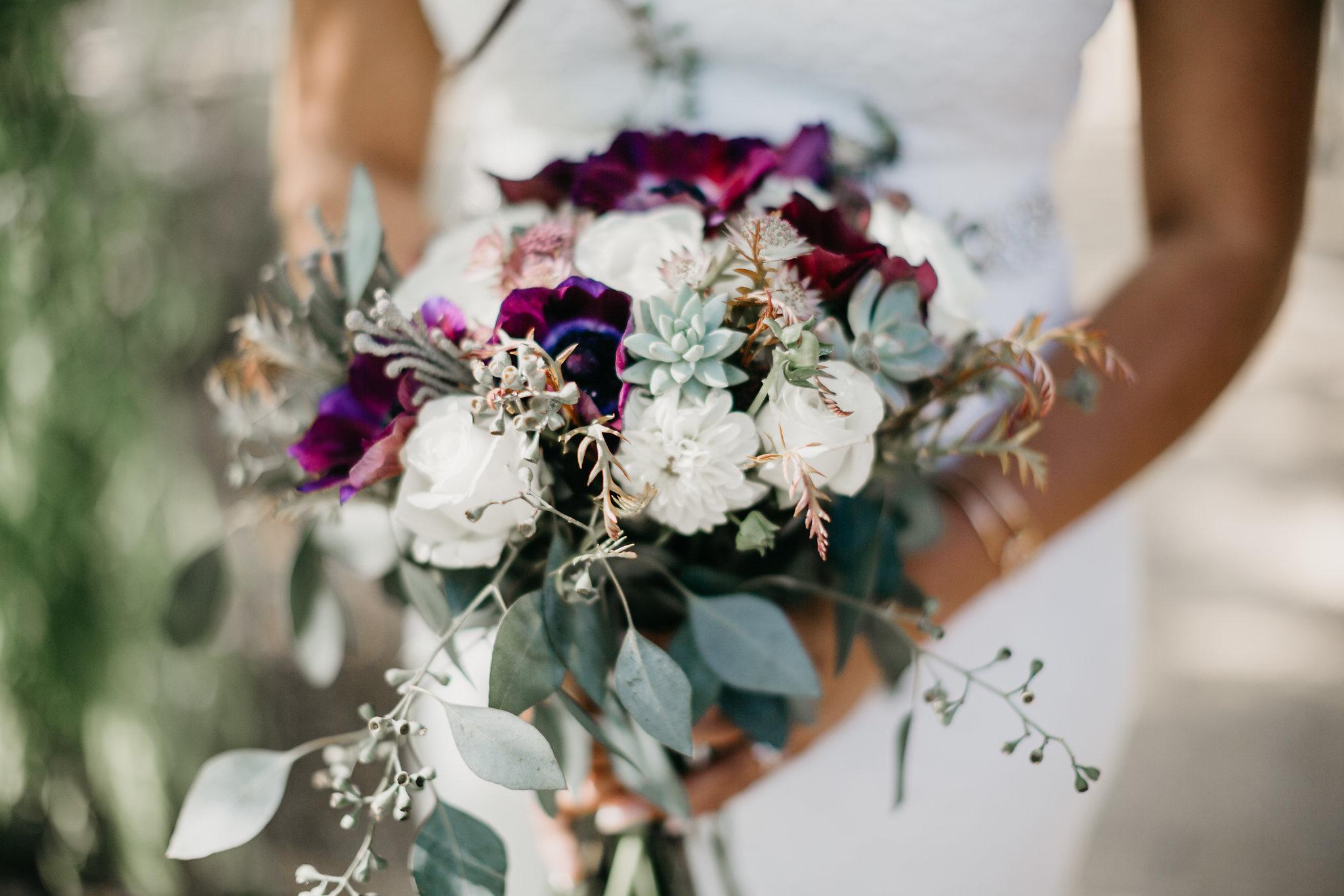 www.santabarbarawedding.com | Terra Mia Vineyard | Diana Lake Photography | Bridal Bouquet
