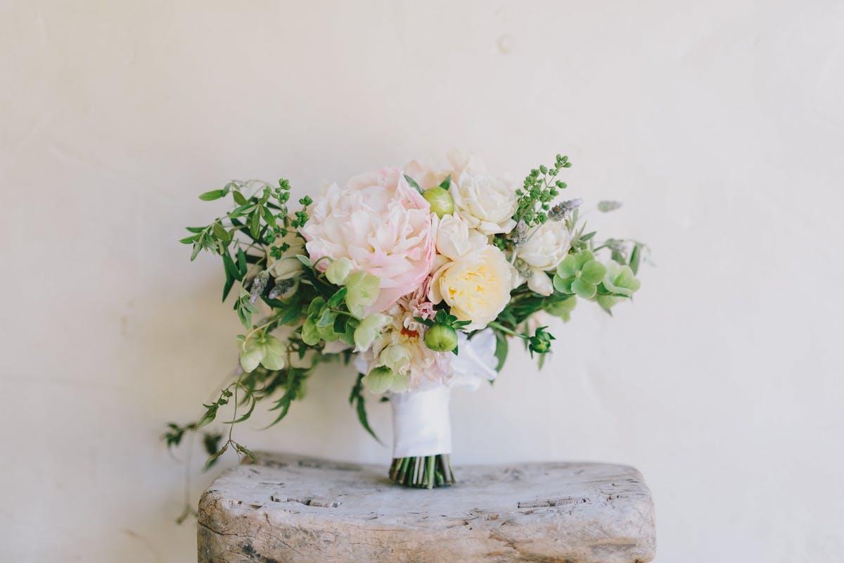 www.santabarbarawedding.com | San Ysidro Ranch | Alegria by Design | Jake + Necia Photography | Bridal Bouquet