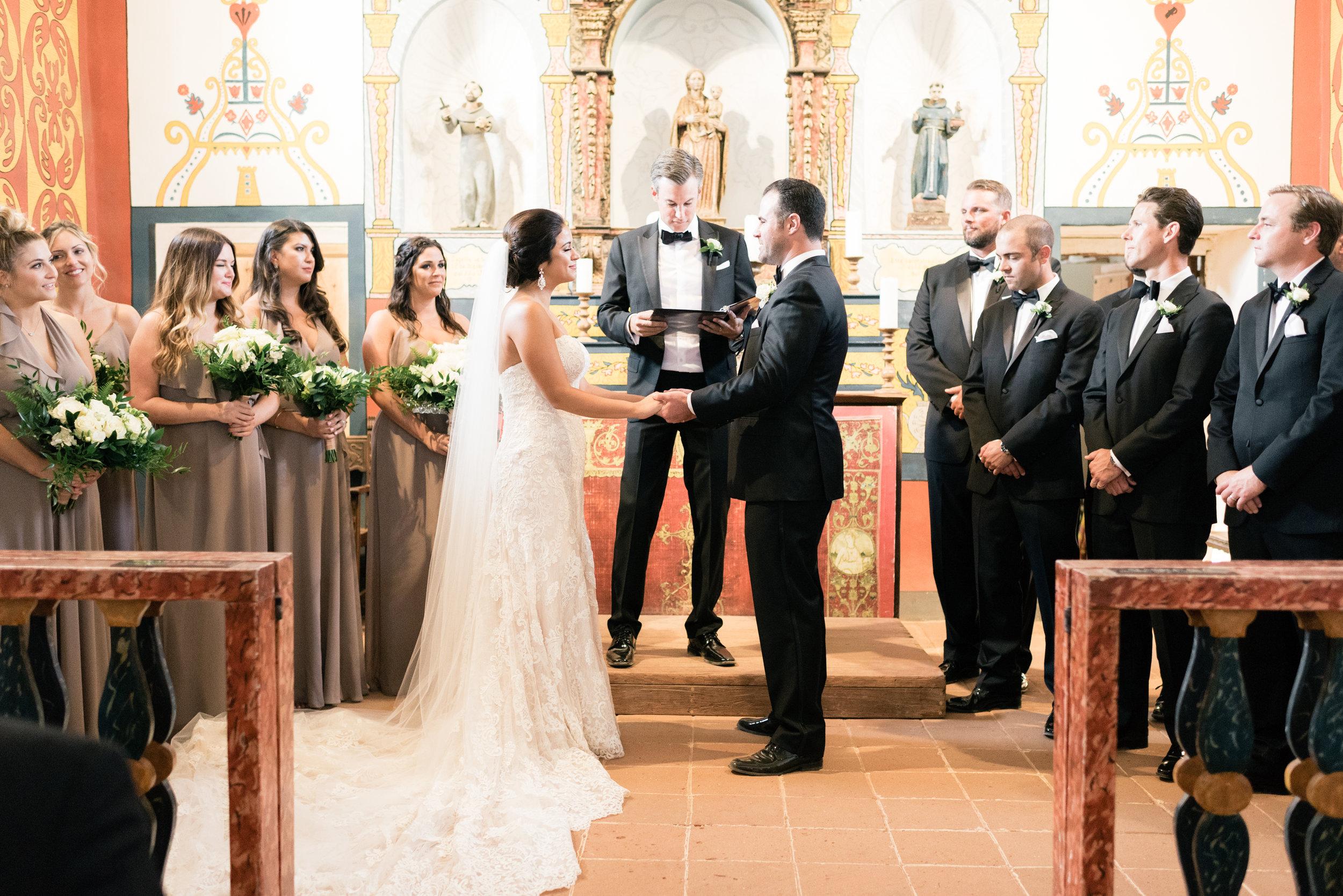 www.santabarbarawedding.com   El Presidio   Santa Barbara Club   Taralynn Lawton   Bride and Groom   Ceremony