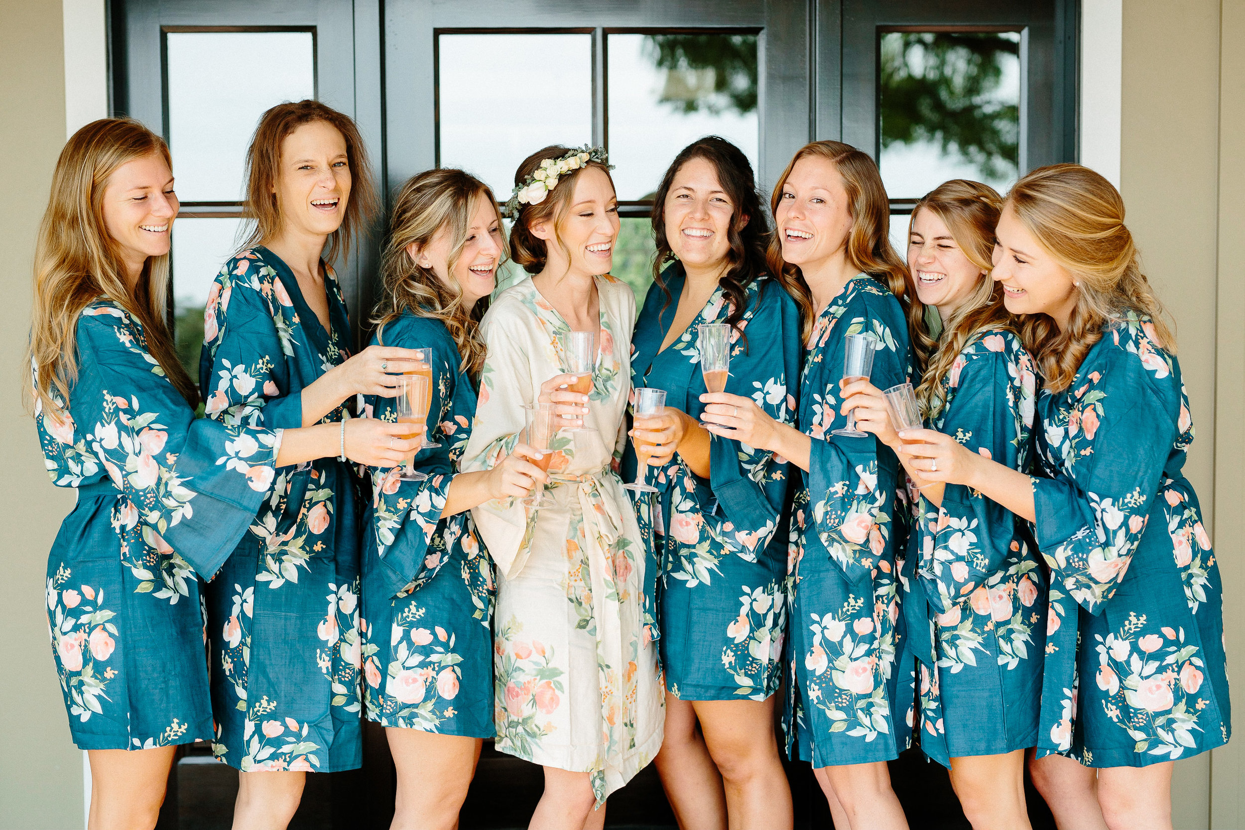 www.santabarbarawedding.com | Elings Park | Hannah Rose Gray | Bridesmaids getting ready