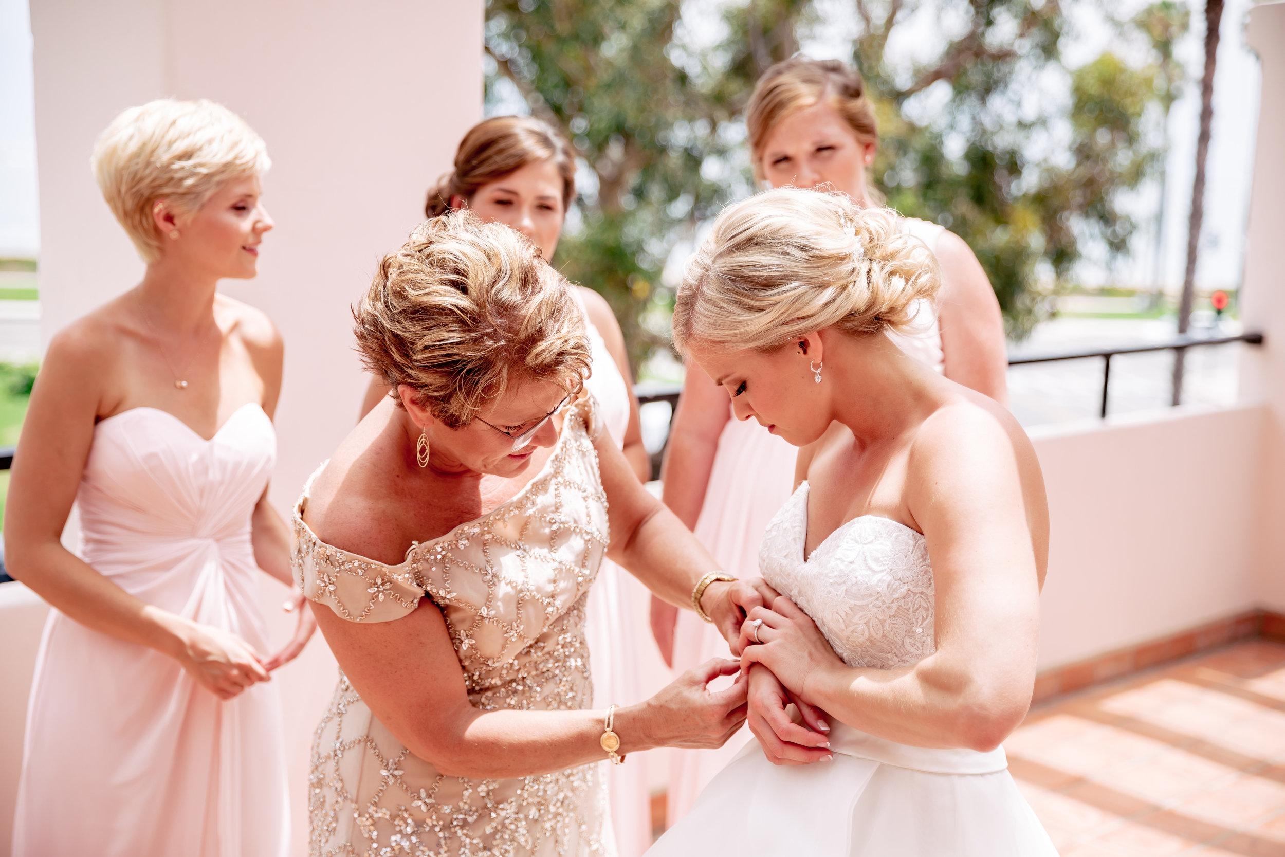 www.santabarbarawedding.com   Rewind Photography   Hilton Santa Barbara Beachfront Resort   Events by M and M   Bride getting ready
