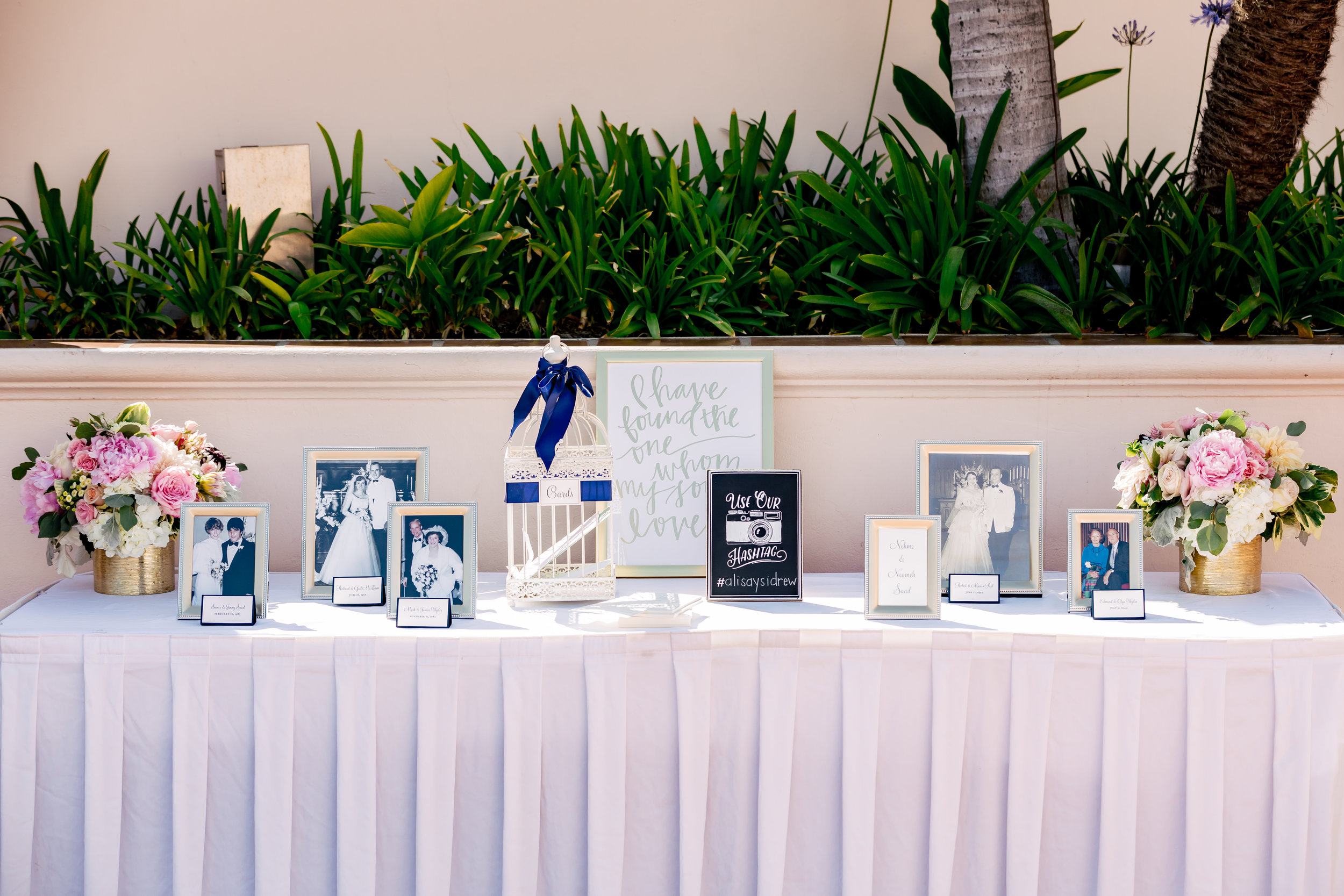 www.santabarbarawedding.com   Rewind Photography   Hilton Santa Barbara Beachfront Resort   Events by M and M   Guest Sign In Table