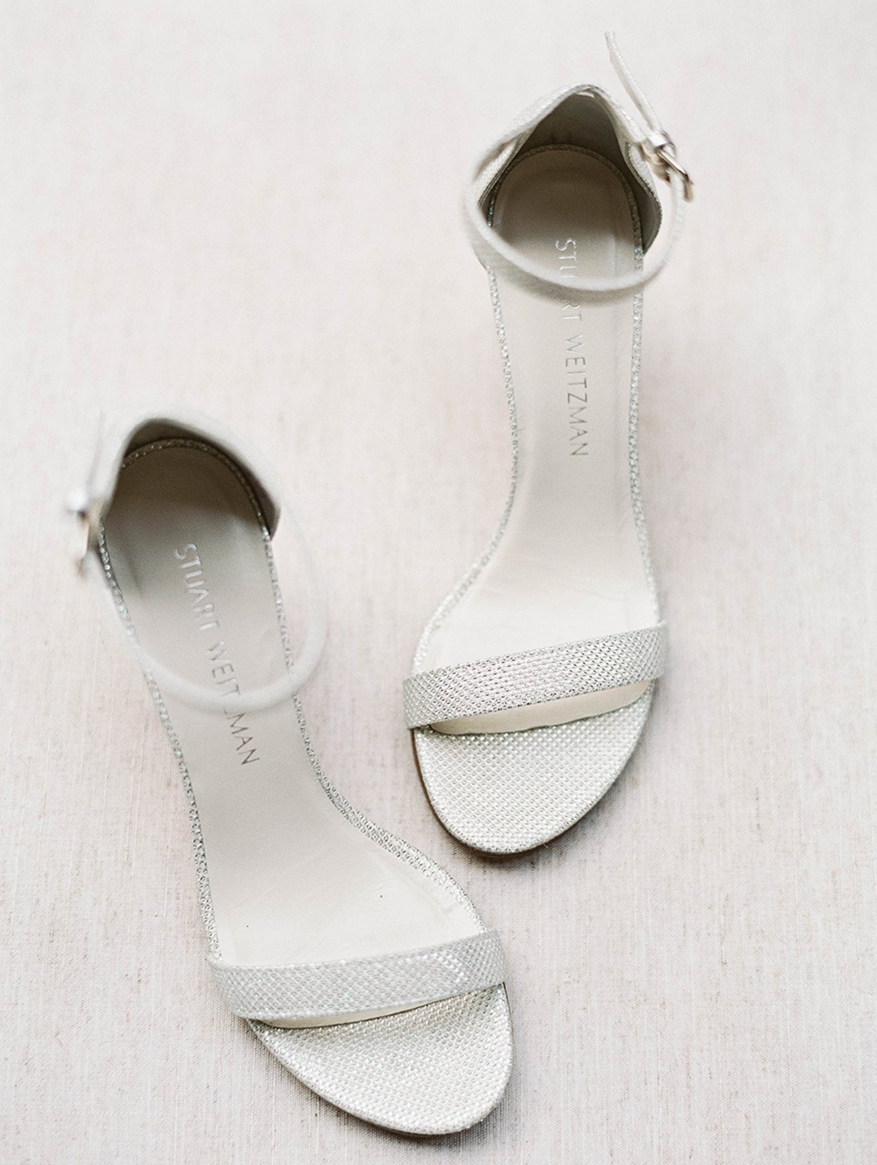 www.santabarbarawedding.com | Sunstone Winery | Luna de Mare | Esoteric Events | Bride's Shoes