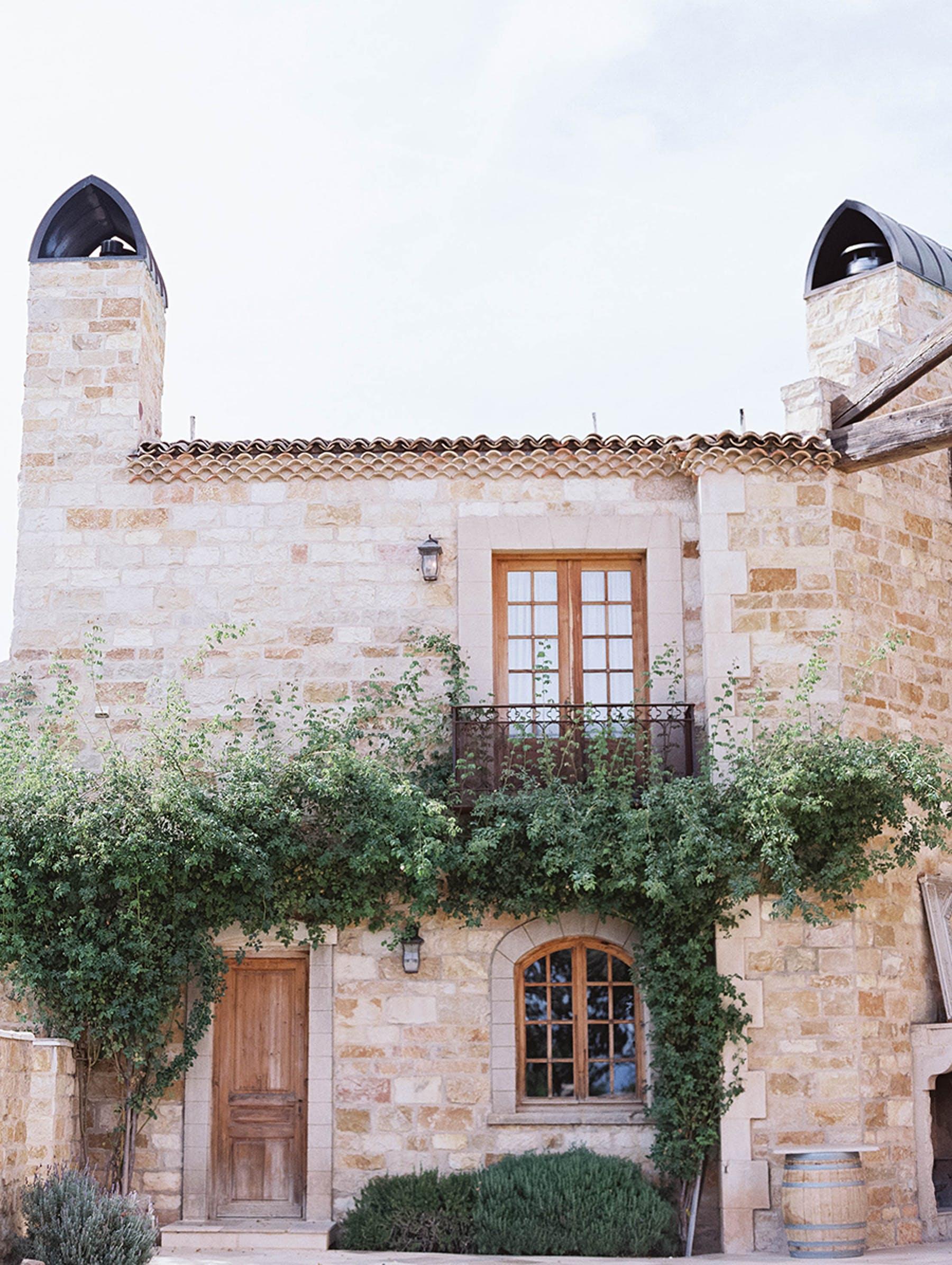 www.santabarbarawedding.com | Sunstone Winery | Luna de Mare | Esoteric Events | Venue