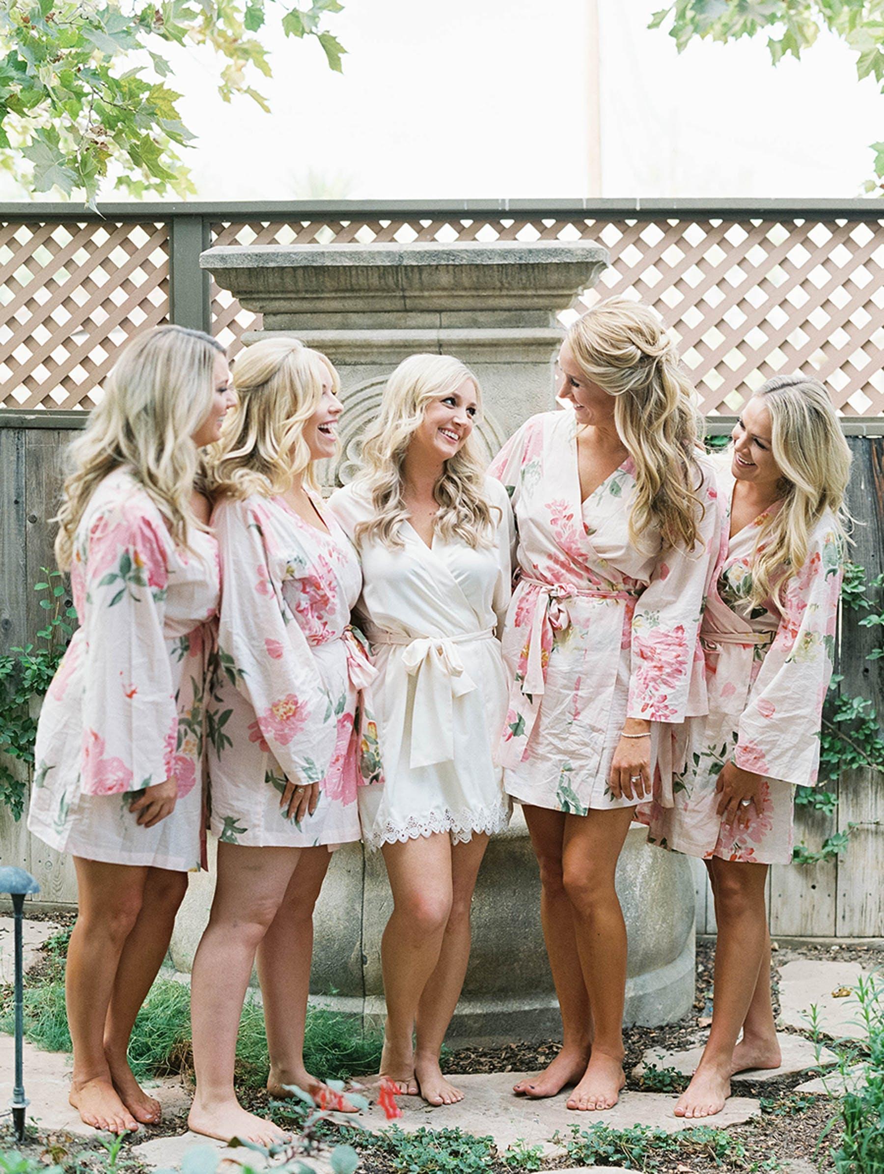 www.santabarbarawedding.com | Sunstone Winery | Luna de Mare | Esoteric Events | Bridesmaids getting ready