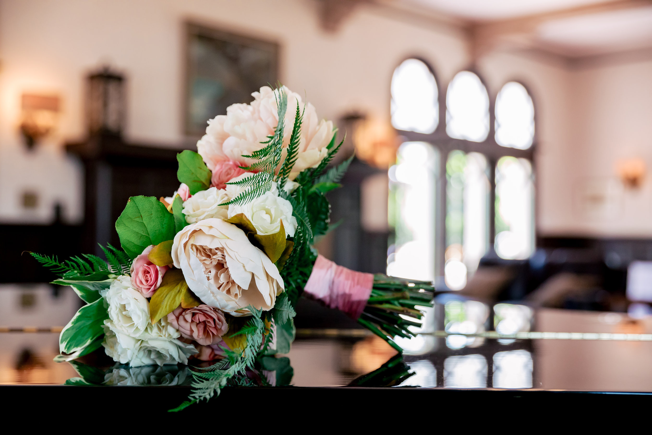 www.santabarbarawedding.com | Rewind Photography | Alegria by Design | Santa Barbara Club | Bridal Bouquet