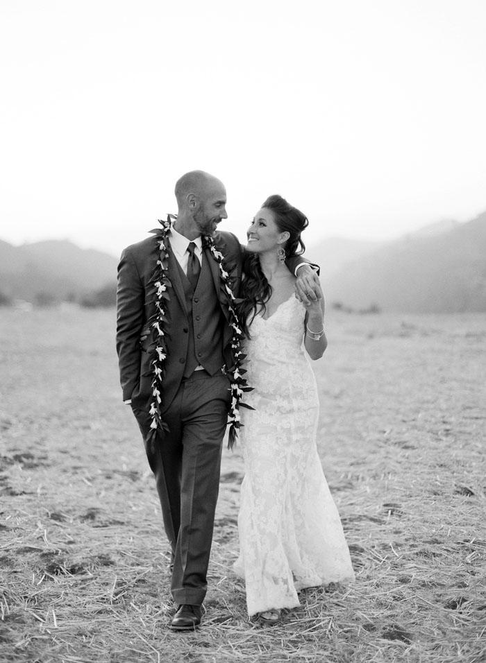 www.santabarbarawedding.com | Soigne Productions | Figueroa Mountain Farmhouse | Lacie Hansen | Bride and Groom