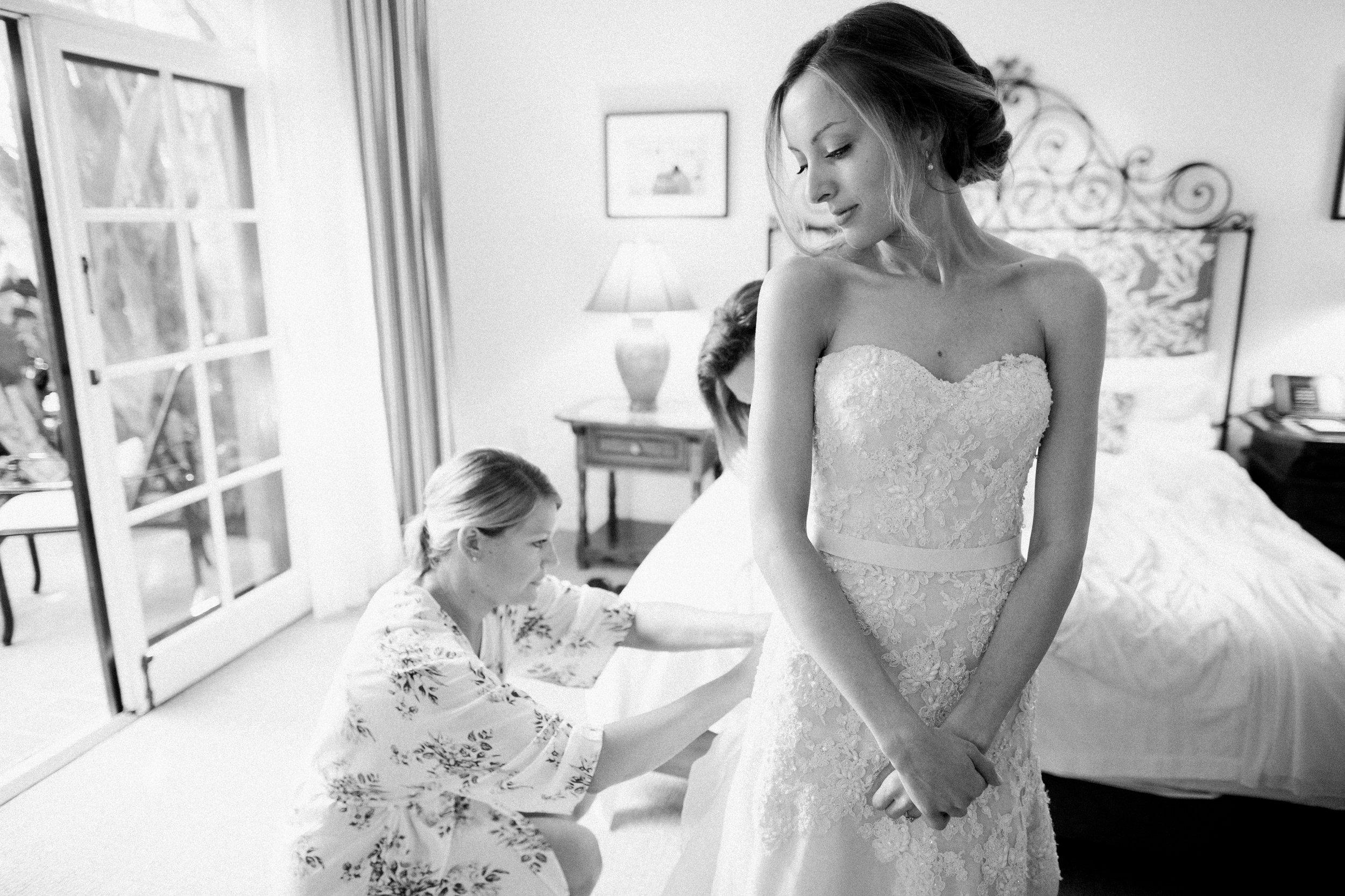 www.santabarbarawedding.com | KB Events | Michael and Anna Costa | Four Seasons The Biltmore | Bride getting ready