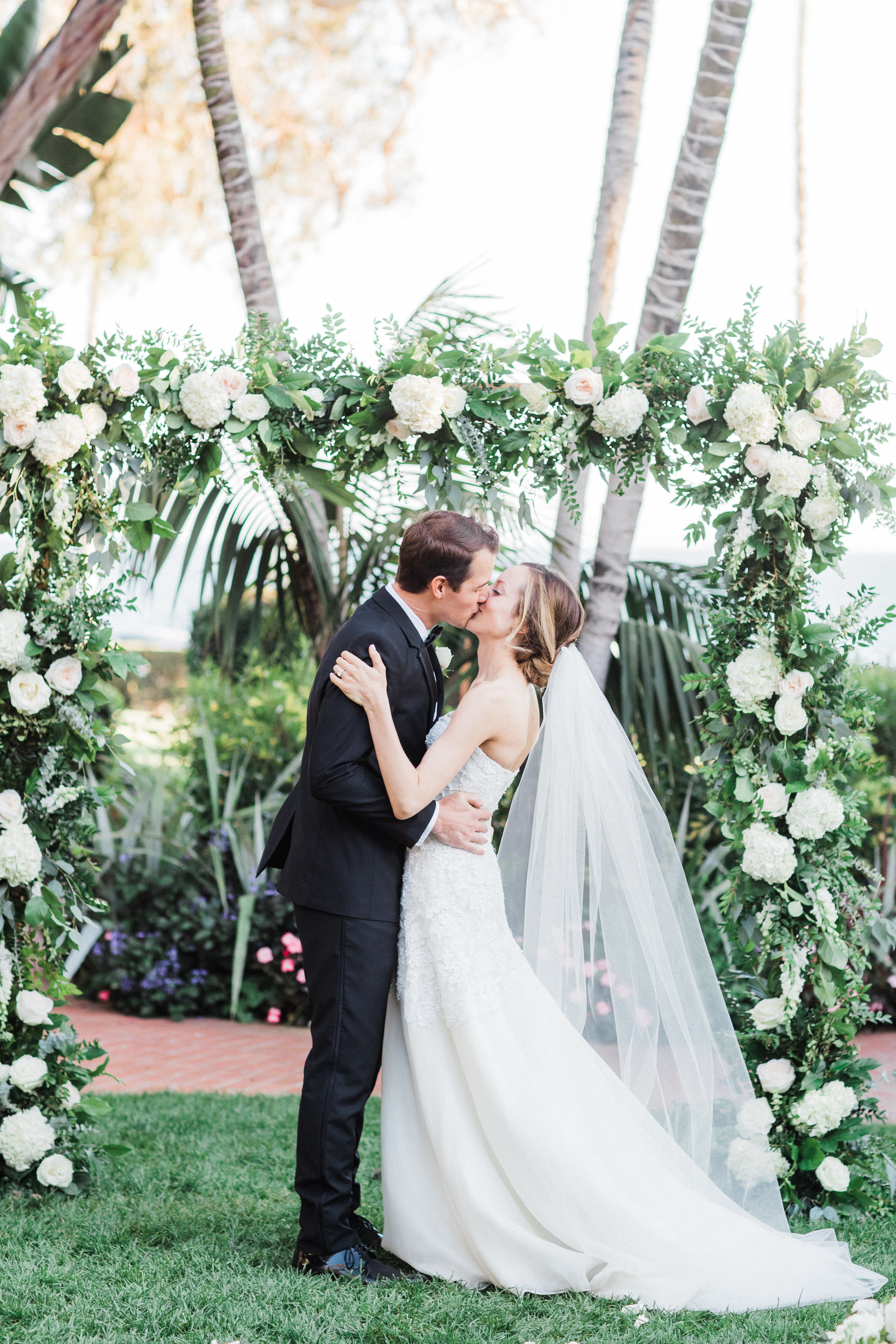 www.santabarbarawedding.com | KB Events | Michael and Anna Costa | Four Seasons The Biltmore | Ceremony | The Kiss