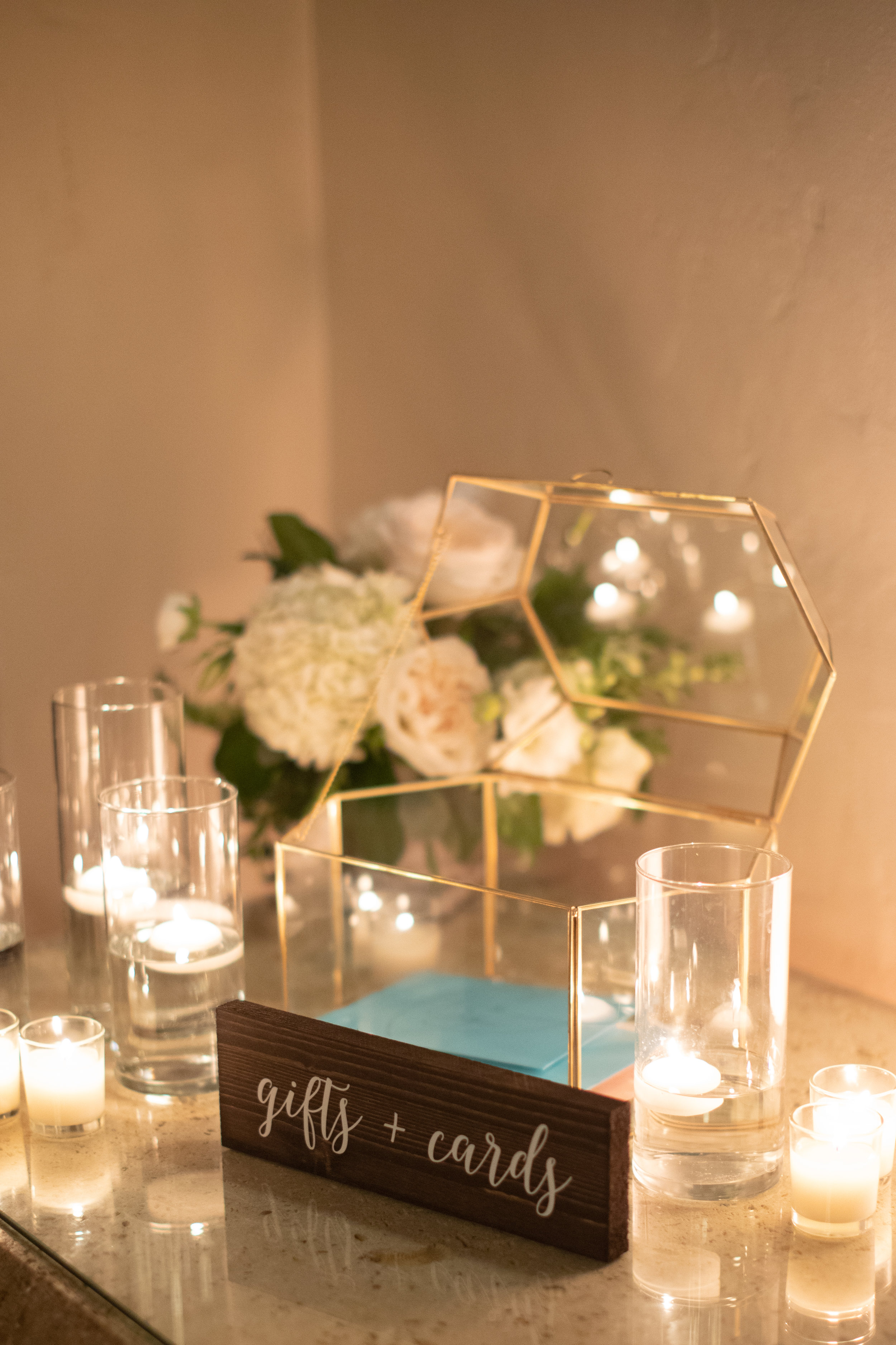 www.santabarbarawedding.com | KB Events | Michael and Anna Costa | Four Seasons The Biltmore | Gifts and Card Table
