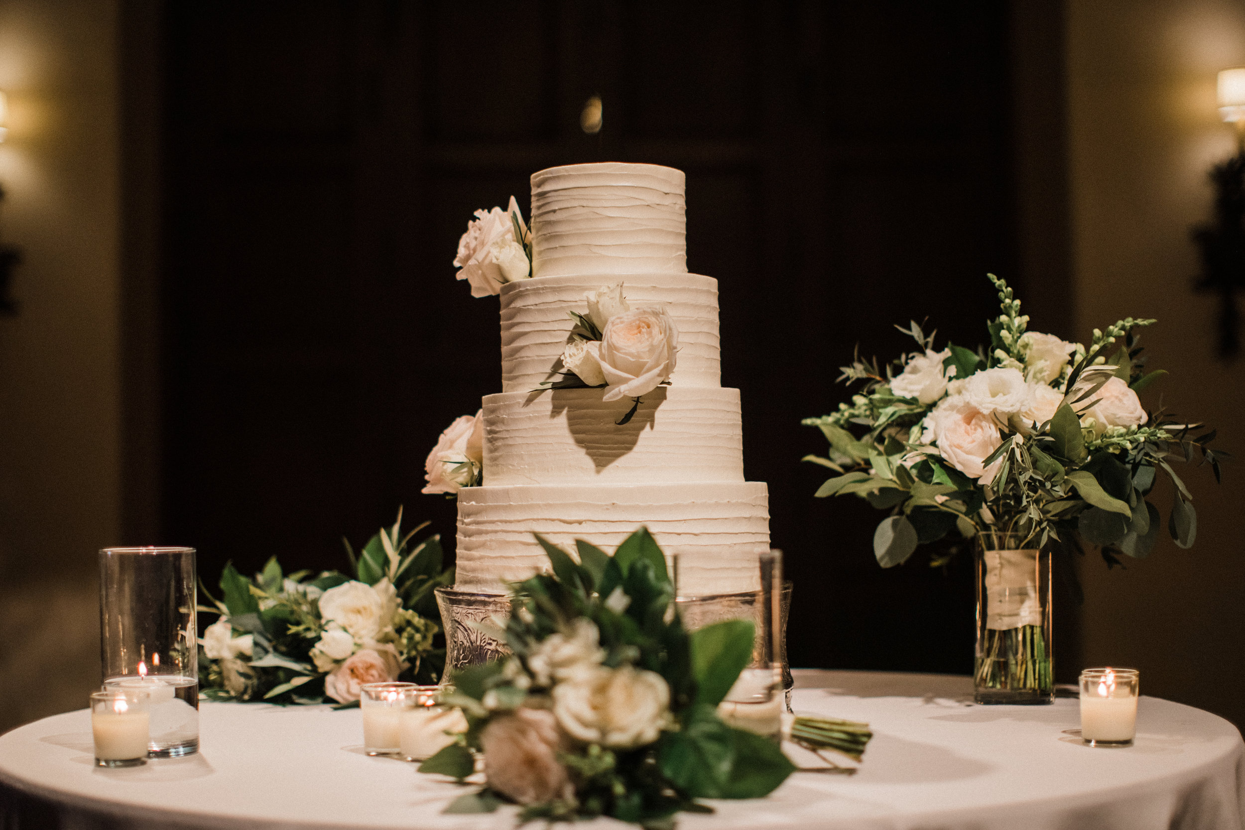 www.santabarbarawedding.com | KB Events | Michael and Anna Costa | Four Seasons The Biltmore | Wedding Cake
