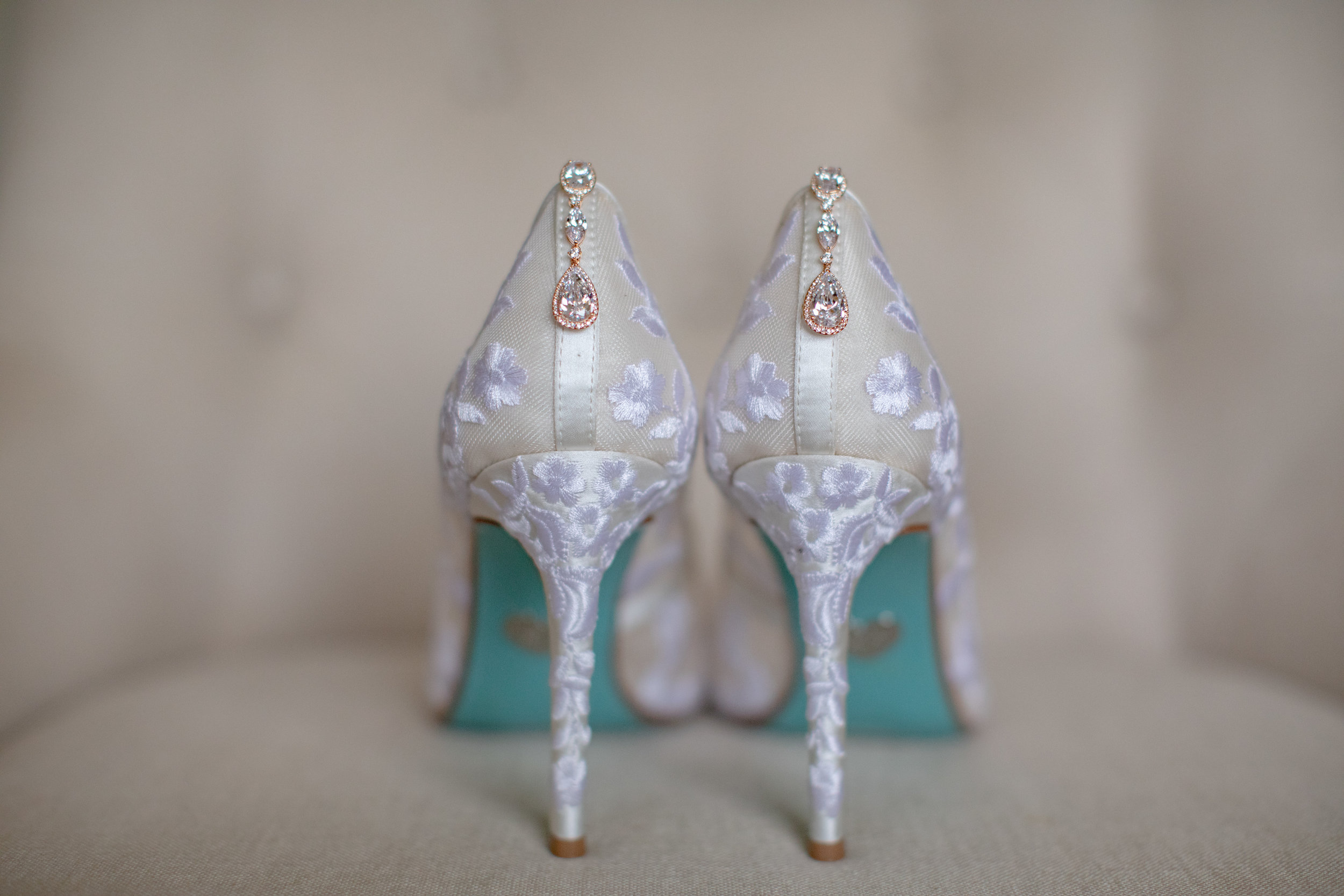 www.santabarbarawedding.com | Waller Weddings | Riviera Mansion | Amy Grace Events | Bride's Shoes