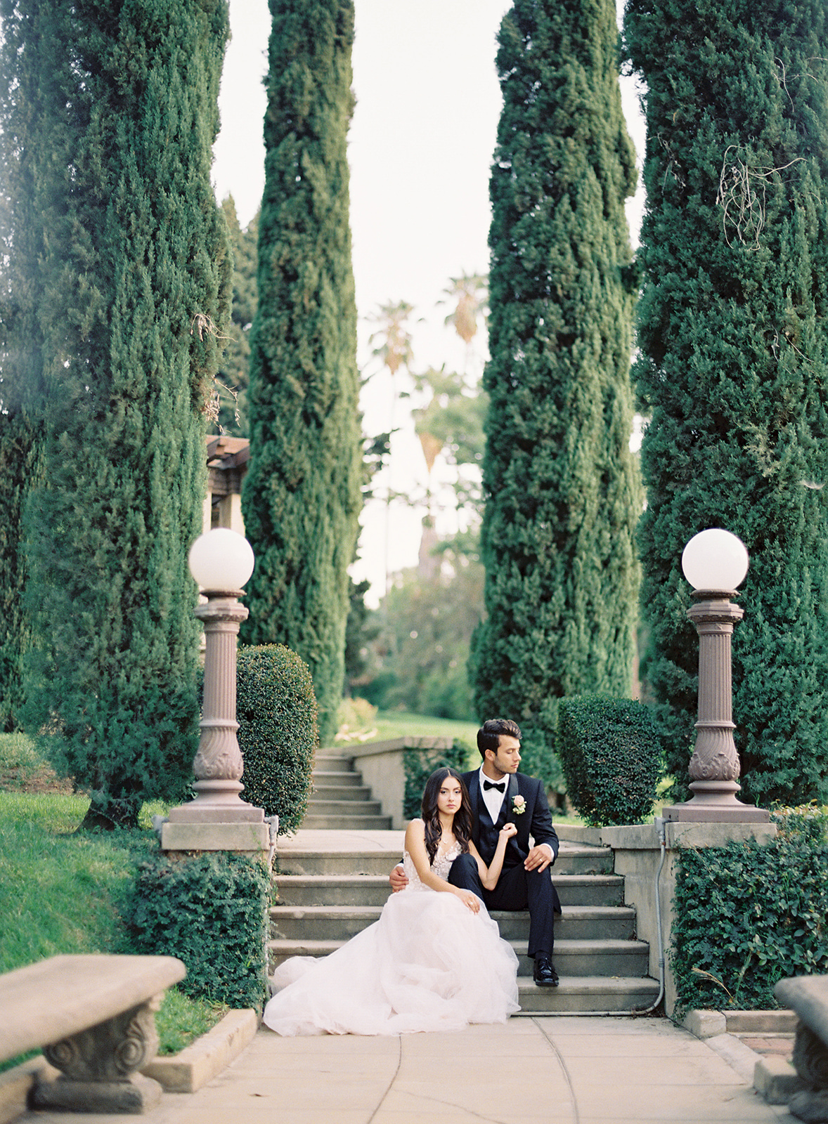 www.santabarbarawedding.com | Besame Floral | Carrie King Photography | Styled Shoot | Bride and Groom
