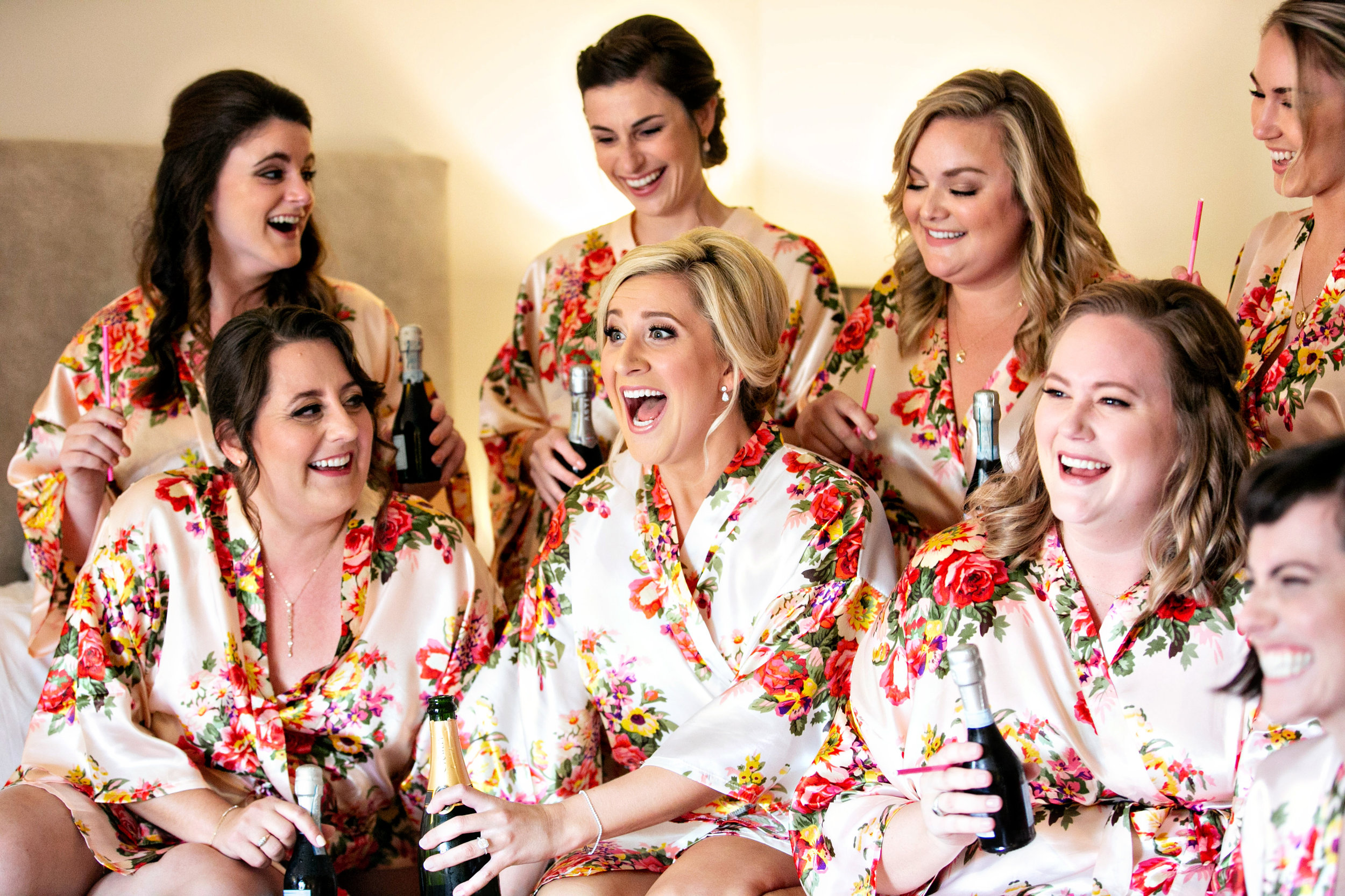 www.santabarbarawedding.com | Laurie Bailey | Ojai Valley Inn | Amber Weir Weddings | Bridesmaids getting ready
