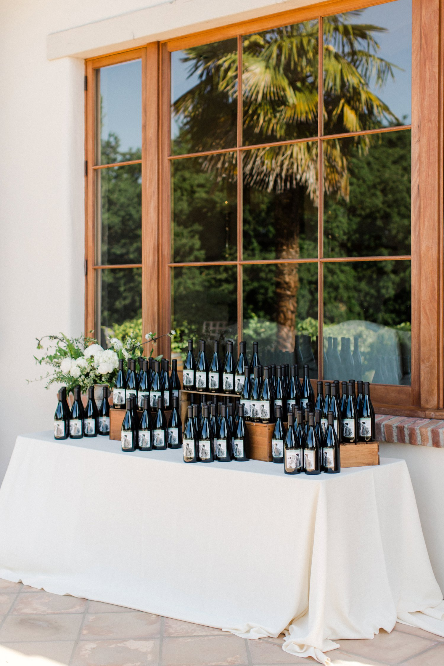 www.santabarbarawedding.com | Anne Delores | Rancho Bella Vista | Wild Heart Events | Reception | Wine