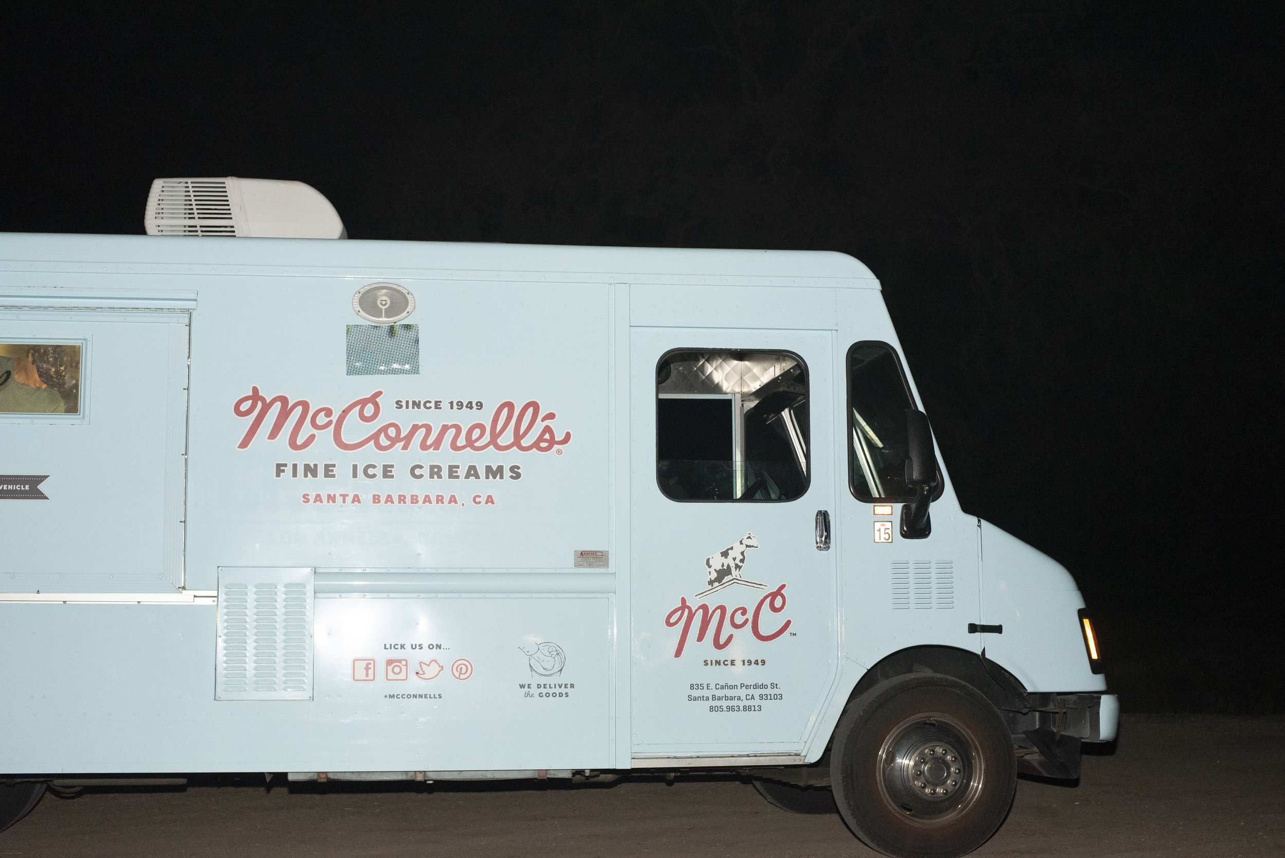 www.santabarbarawedding.com | ByCherry Photography | Gainey Vineyard | Revele Unlimited | Ice Cream Truck