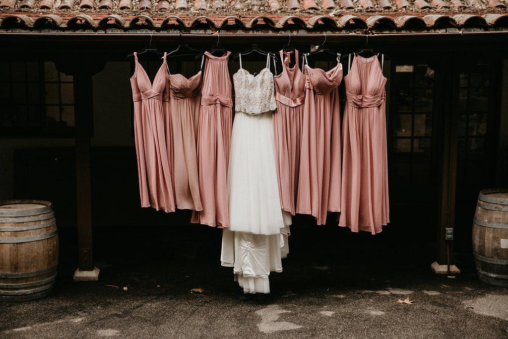 www.santabarbarawedding.com | Santa Barbara Museum of Natural History | Indi Soul Photo | Burlap & Bordeaux | Dresses