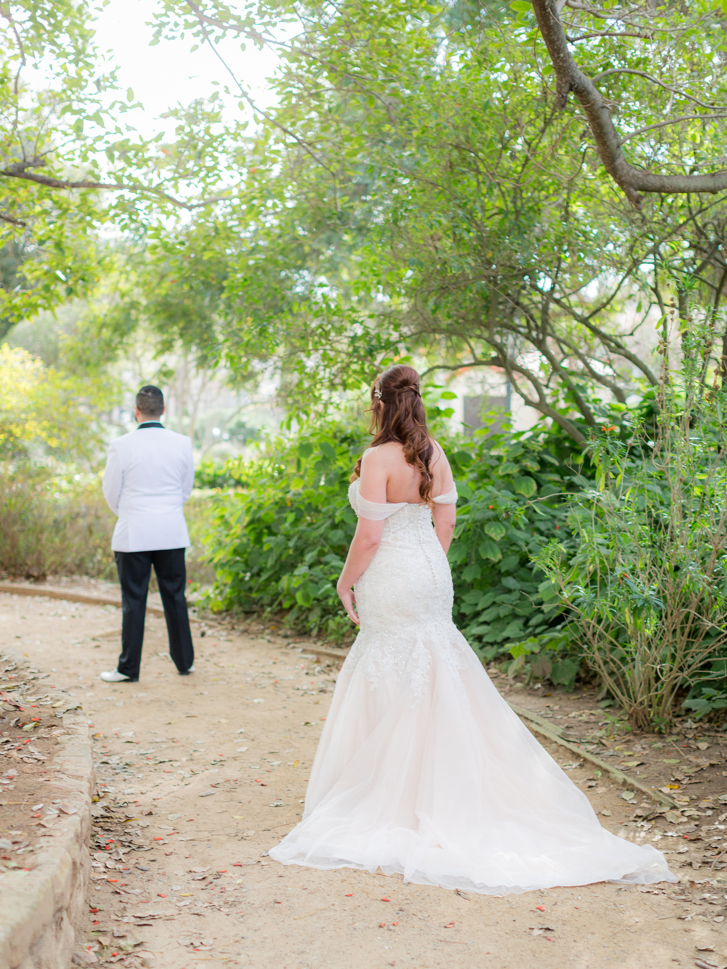 www.santabarbarawedding.com | Hotel Californian | Kiel Rucker | First Look