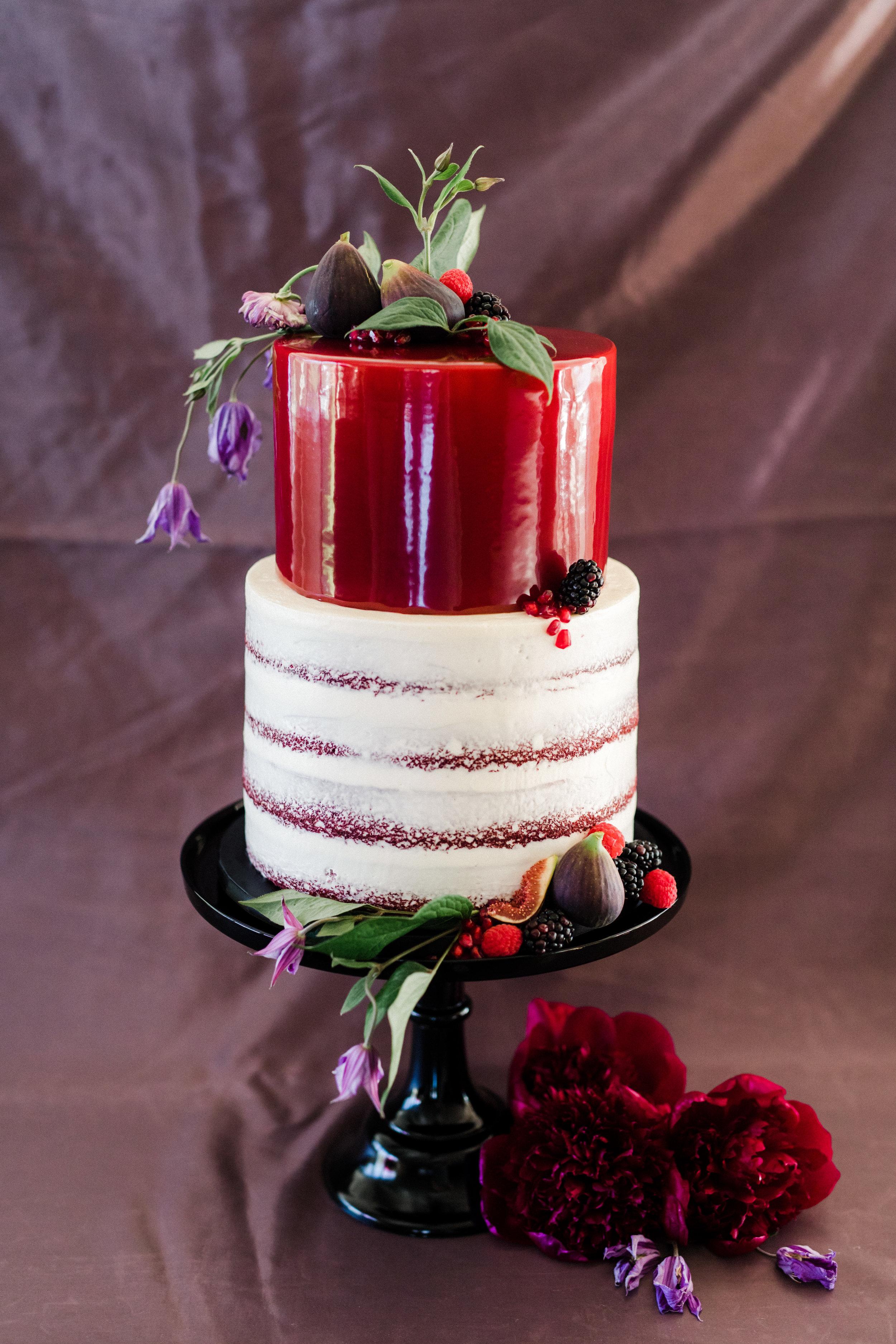 www.santabarbarawedding.com | Anna Delores | Ojai Retreat | Wedding Cake