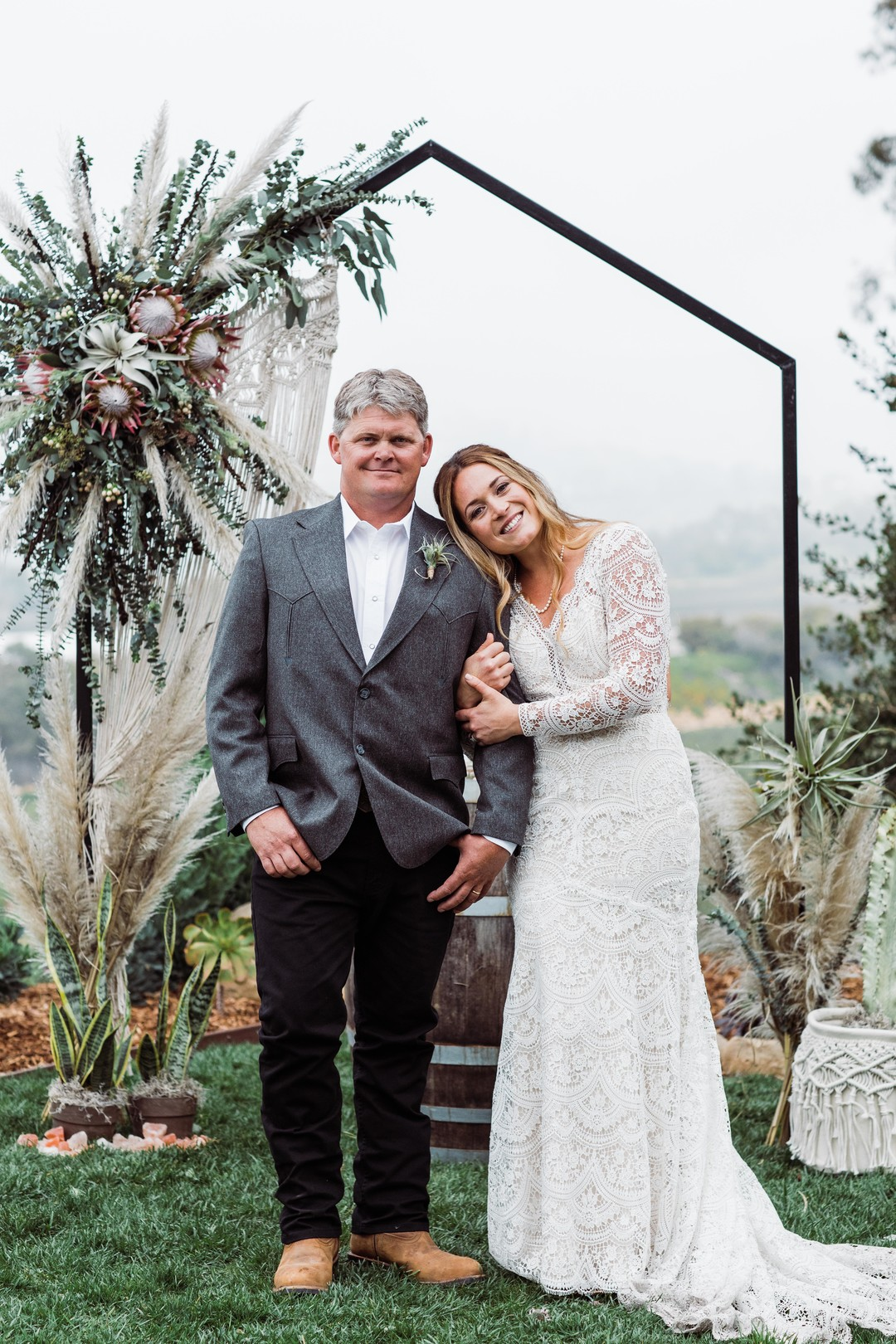 www.santabarbarawedding.com | Just Kiss Collective | Craddock Ranch | Alia Glasgow | Bride and Groom