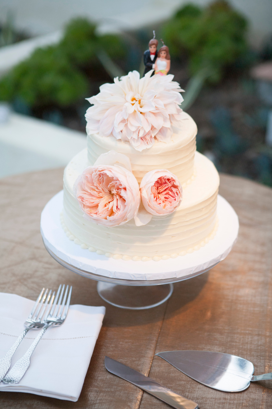 www.santabarbarawedding.com | Soigne Productions | Lane Dittoe | Wedding Cake