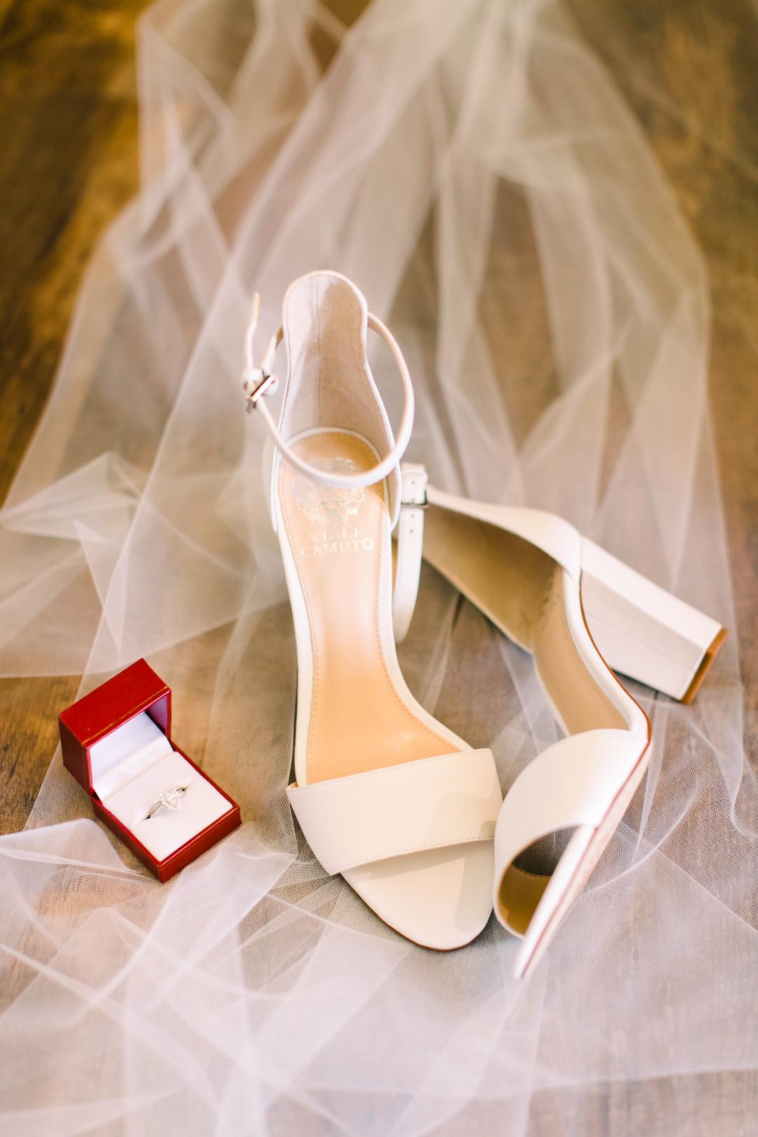 www.santabarbarawedding.com | Loriana | Hannah Kate Photo | Bride's Shoes