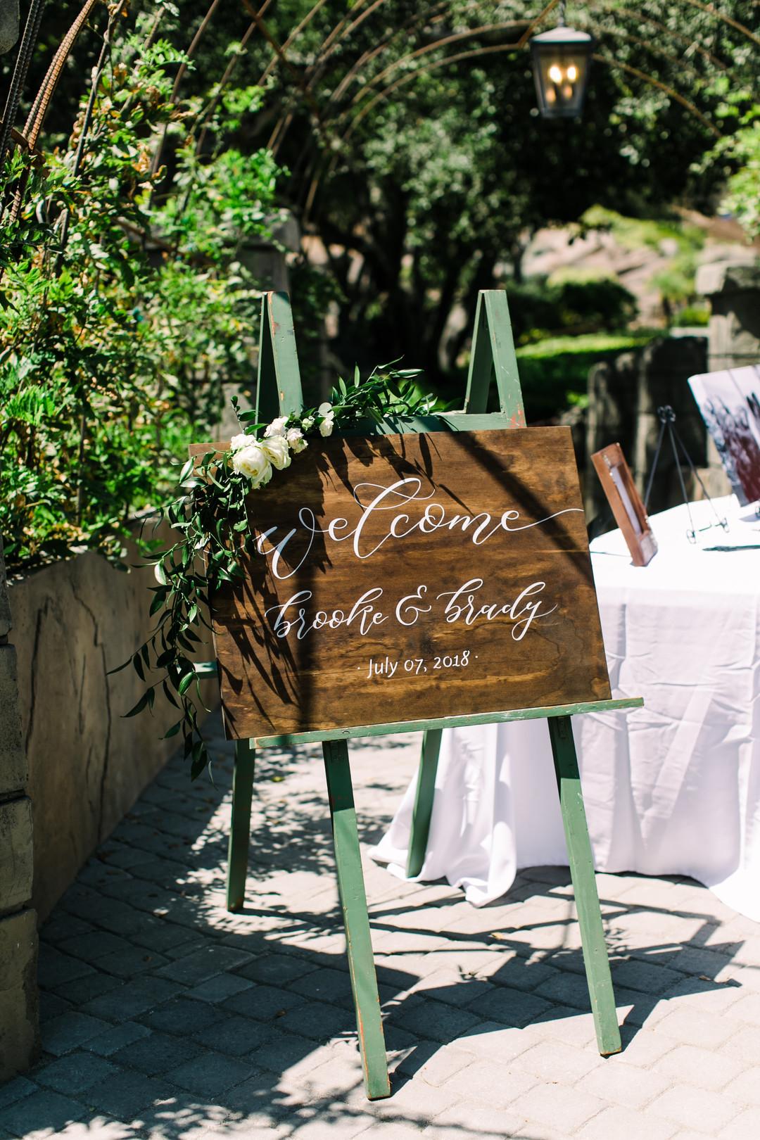 www.santabarbarawedding.com | Loriana | Hannah Kate Photo | Wedding Sign