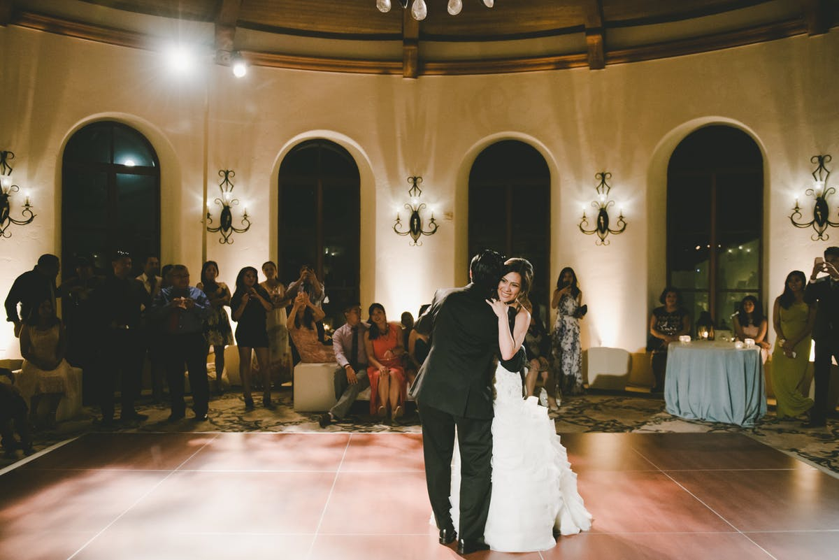 www.santabarbarawedding.com | Bacara Resort & Spa | Alegria By Design | onelove photography | First Dance