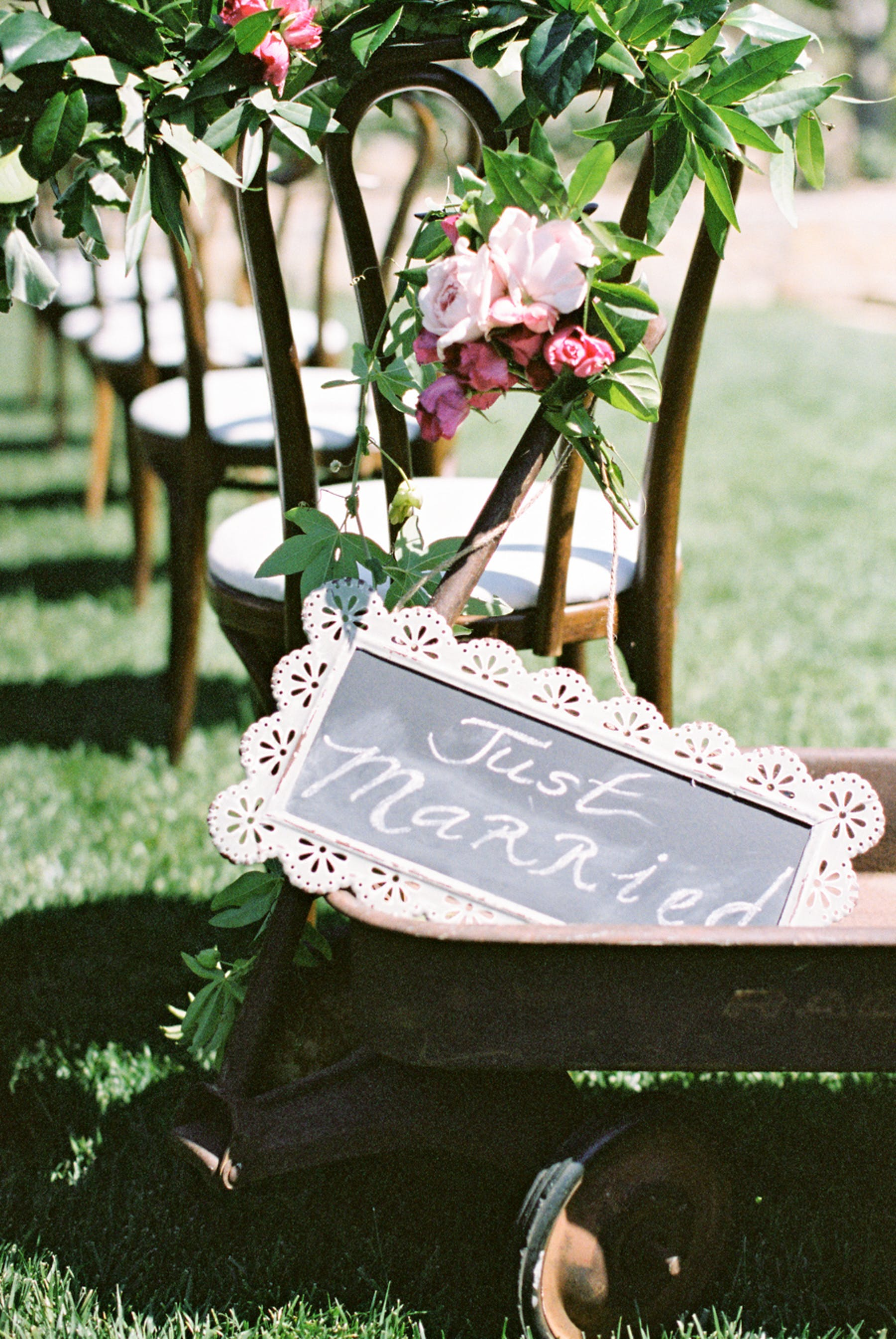 www.santabarbarawedding.com | Michael + Anna Costa Photography | San Ysidro Ranch | Twine Events | Found Vintage Rentals | Just Married Sign