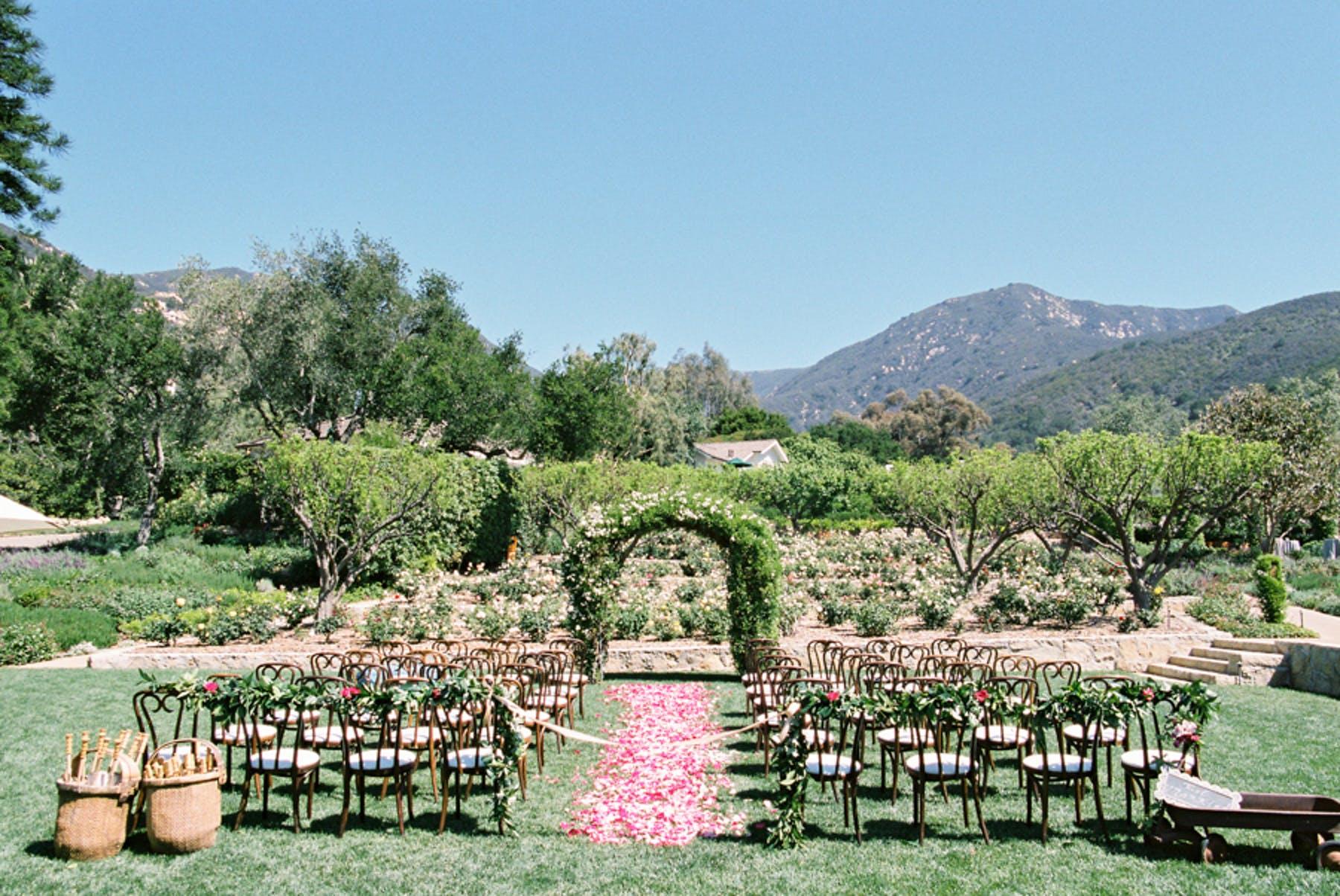 www.santabarbarawedding.com | Michael + Anna Costa Photography | San Ysidro Ranch | Twine Events | Found Vintage Rentals | Ceremony Set Up