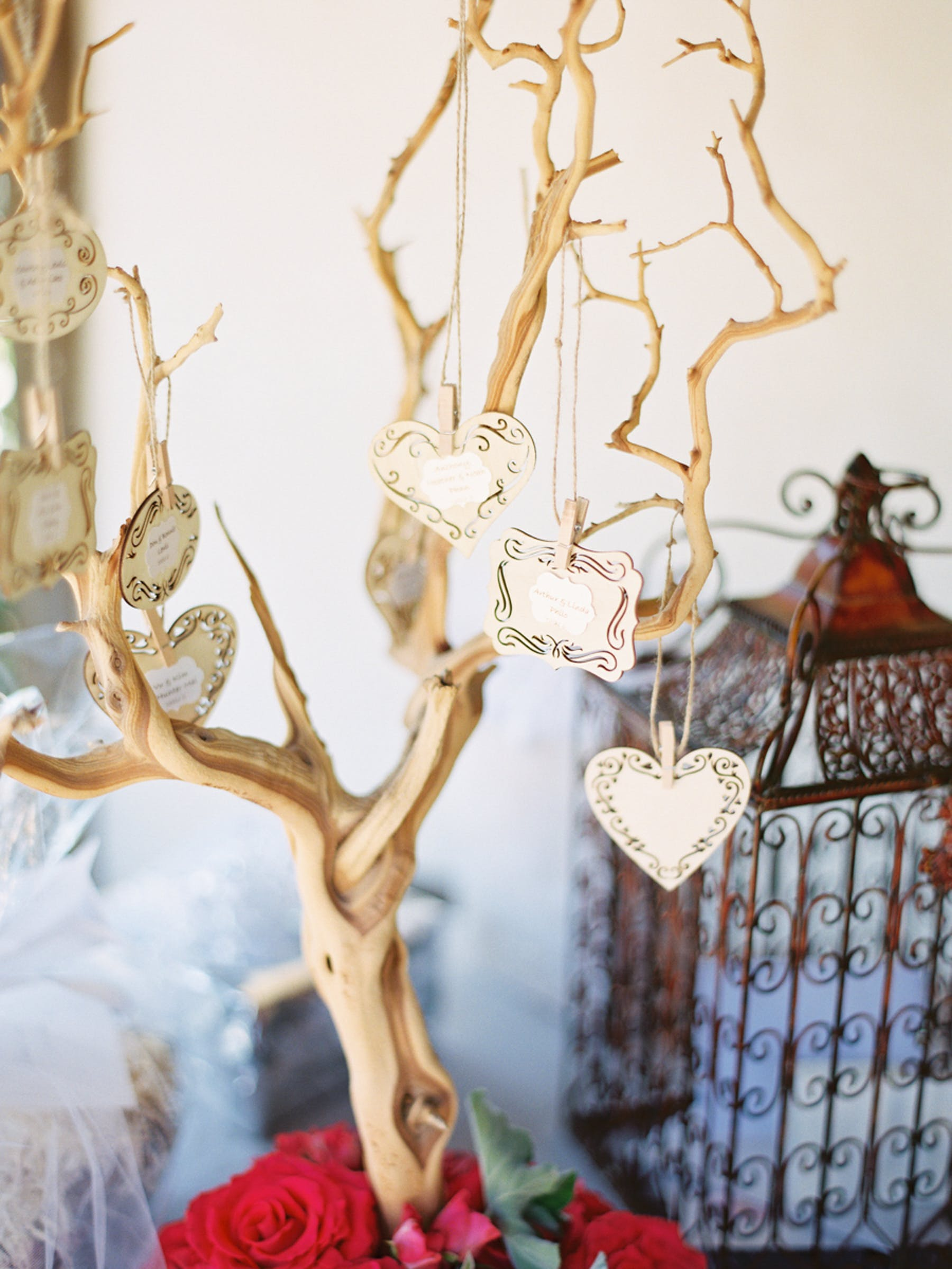 www.santabarbarawedding.com | Michael + Anna Costa Photography | San Ysidro Ranch | Twine Events | Necklaces