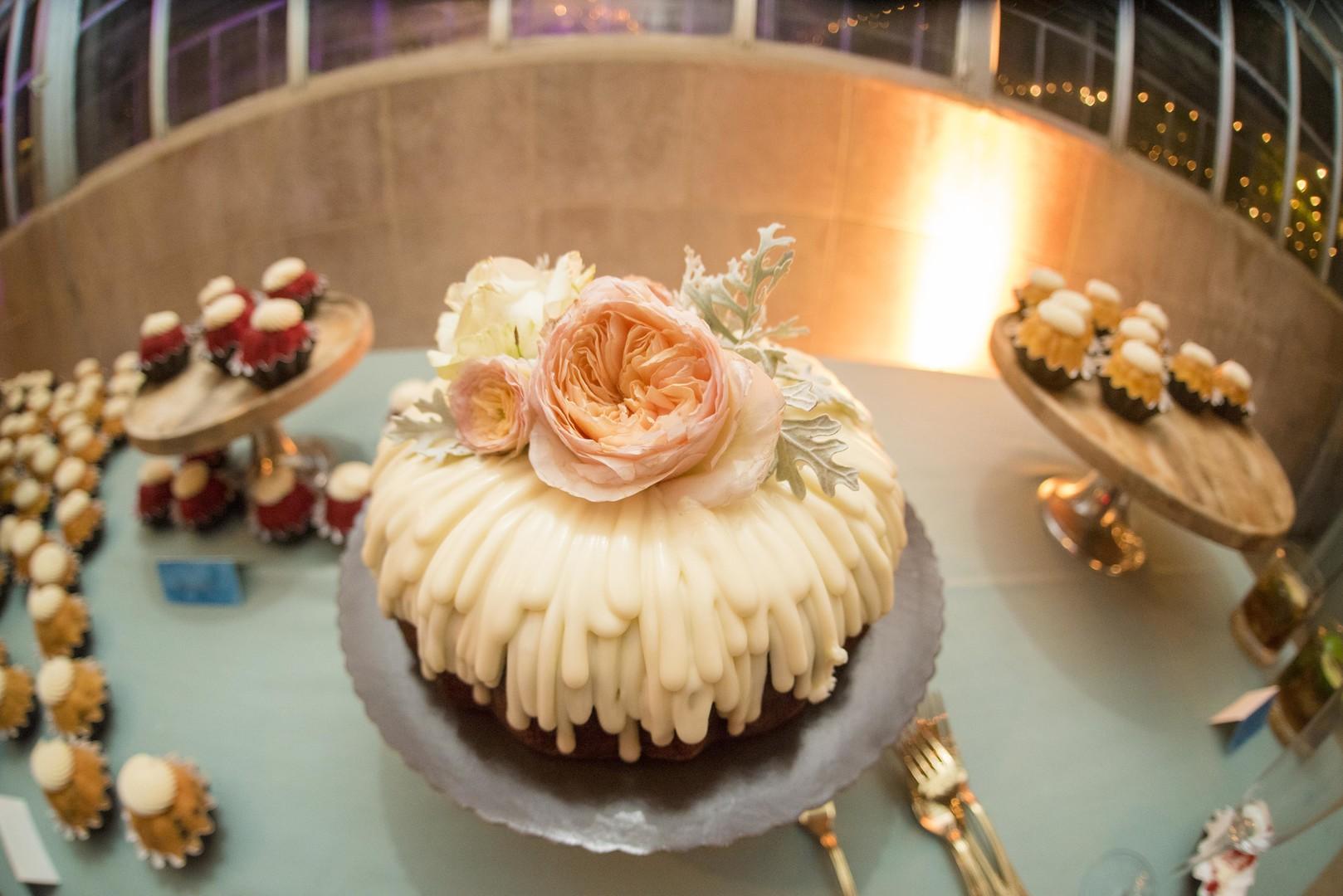 www.santabarbarawedding.com | Venue: Dos Pueblos Ranch | Photographer: ByCherry Photography | Event Designer: Elan Event Rentals | Wedding Cake