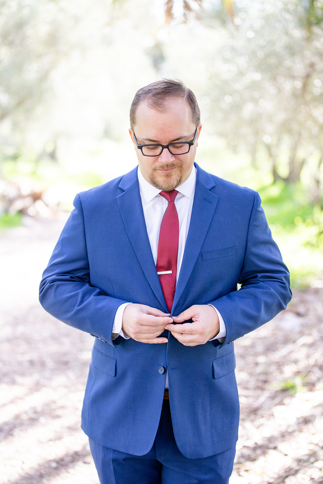 www.santabarbarawedding.com | Jocelyn & Spencer | Historic Rancho La Patero & Stow House | Woodland Events | Friar Tux | Groom Buttons Up