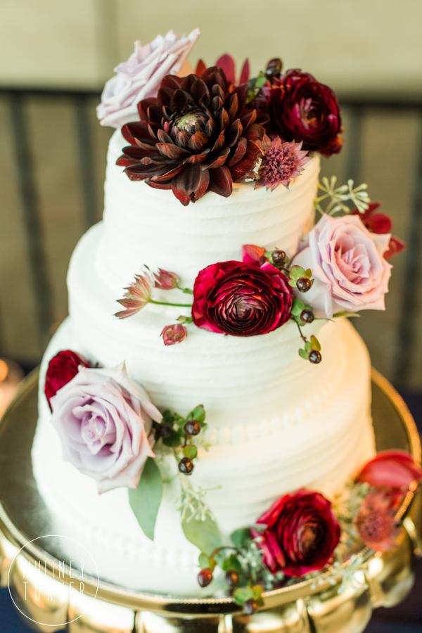 www.santabarbarawedding.com | Whitney Turner Photography | Santa Barbara Historical Museum | Chooket | Wedding Cake