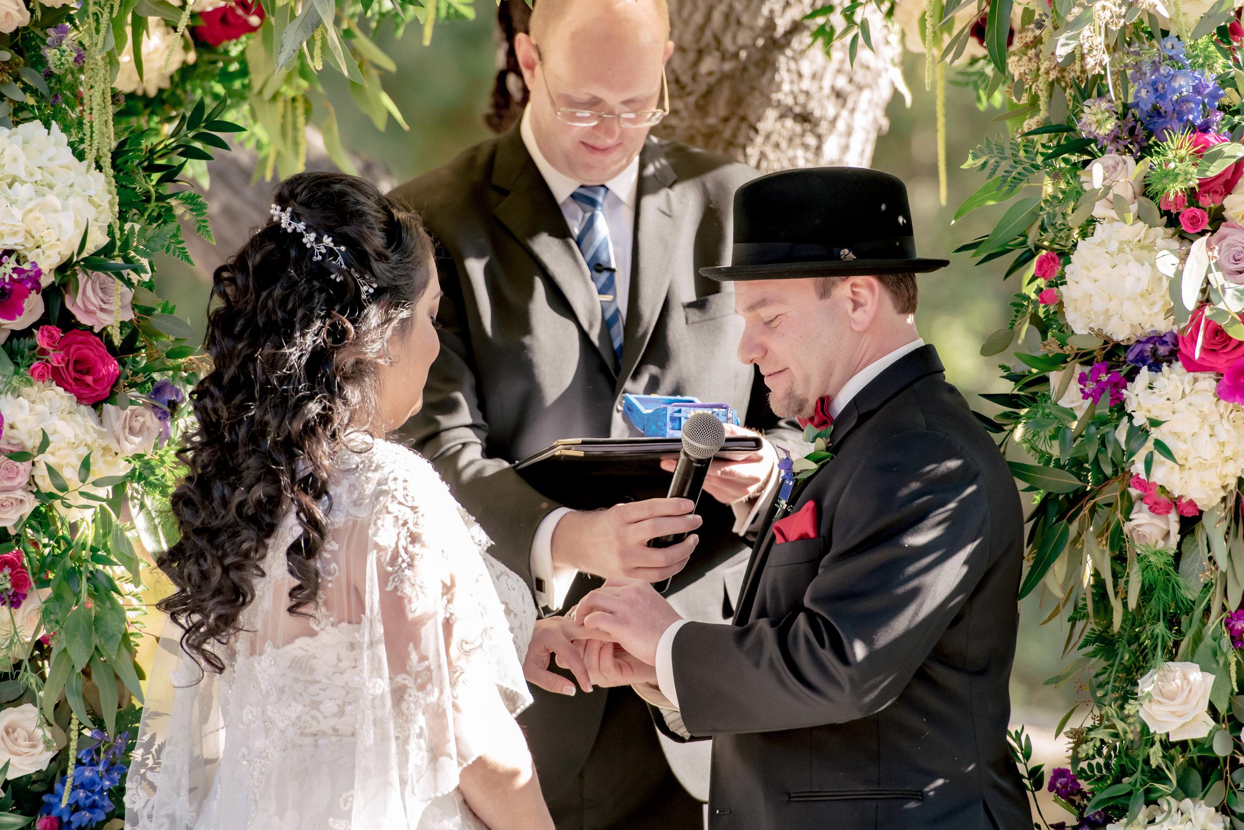 www.santabarbarawedding.com | Rewind Photography | Rockwood Women's Club | Burlap & Bordeaux | Amigo Party Rental | Couple Exchange Rings